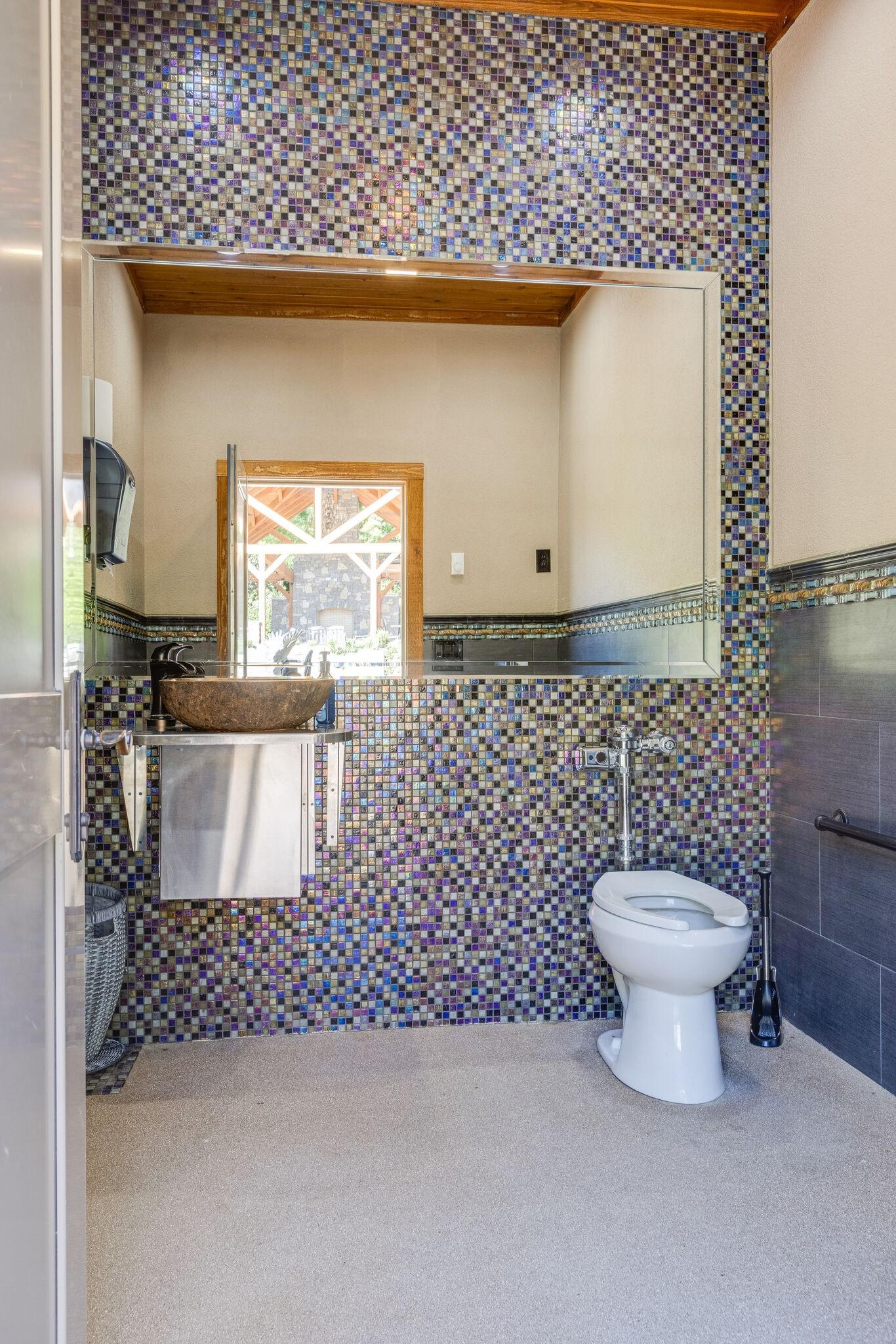 4113 Murfreesboro Rd Property Photo 37