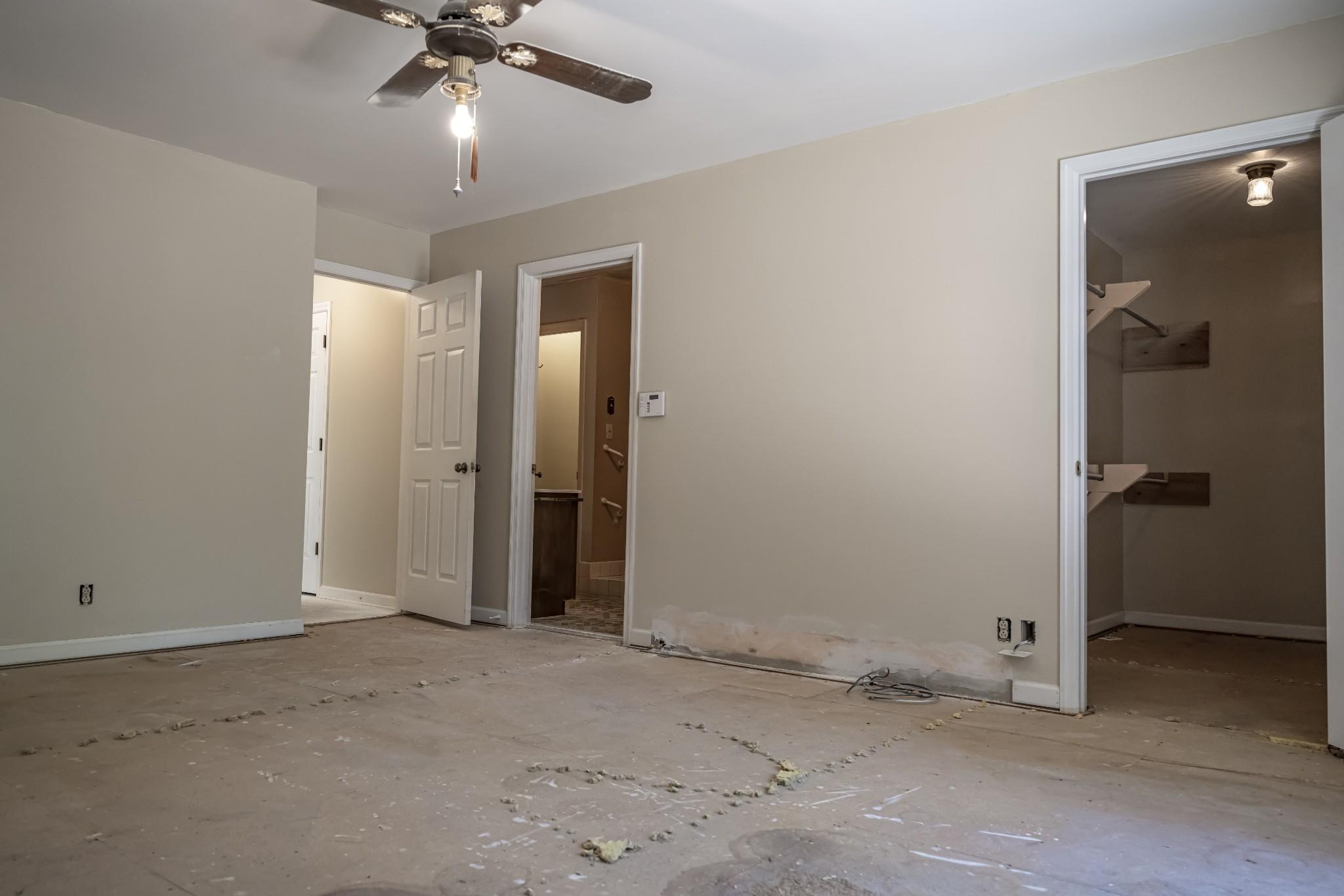 285 Dean Rd Property Photo 7