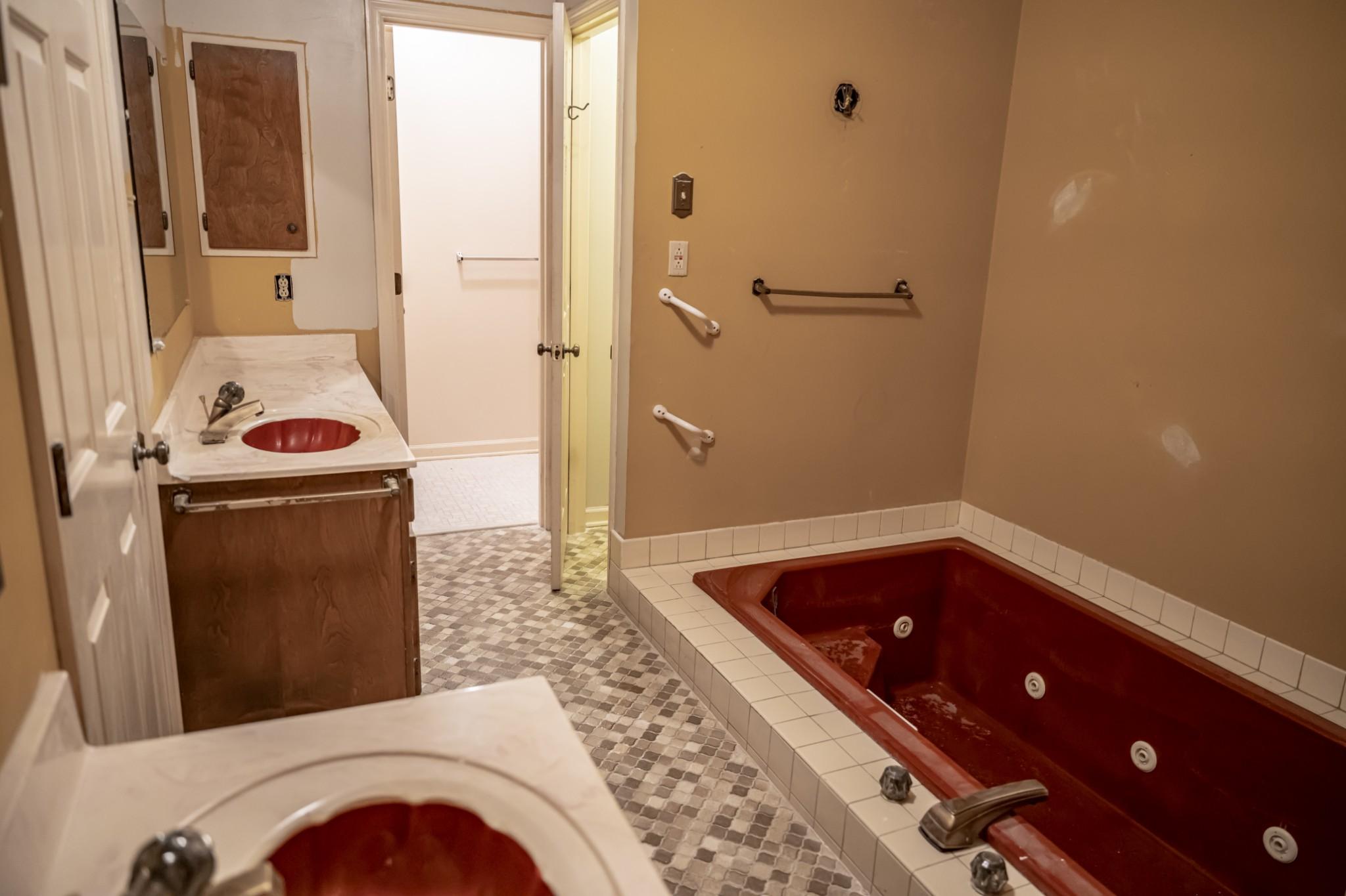 285 Dean Rd Property Photo 8