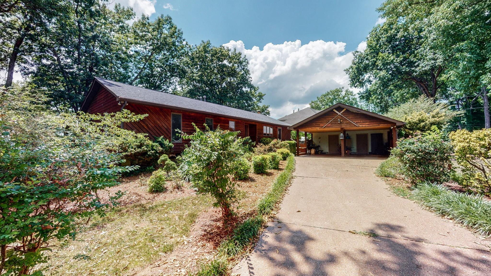 166 Cherokee Rd Property Photo 1
