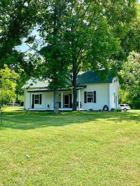 11 Sutton Ln Property Photo