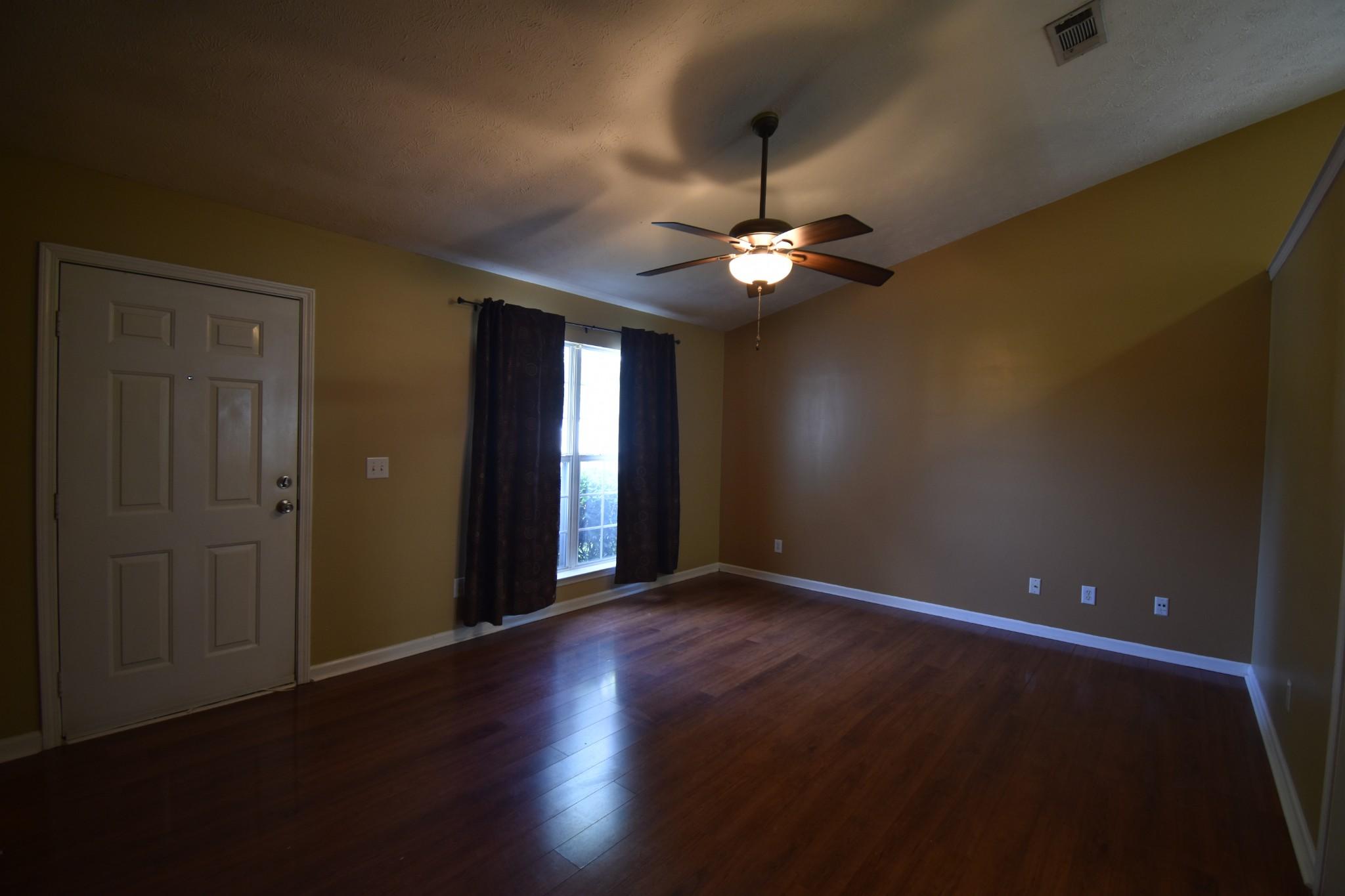 1618 Dodd Trl Property Photo 3