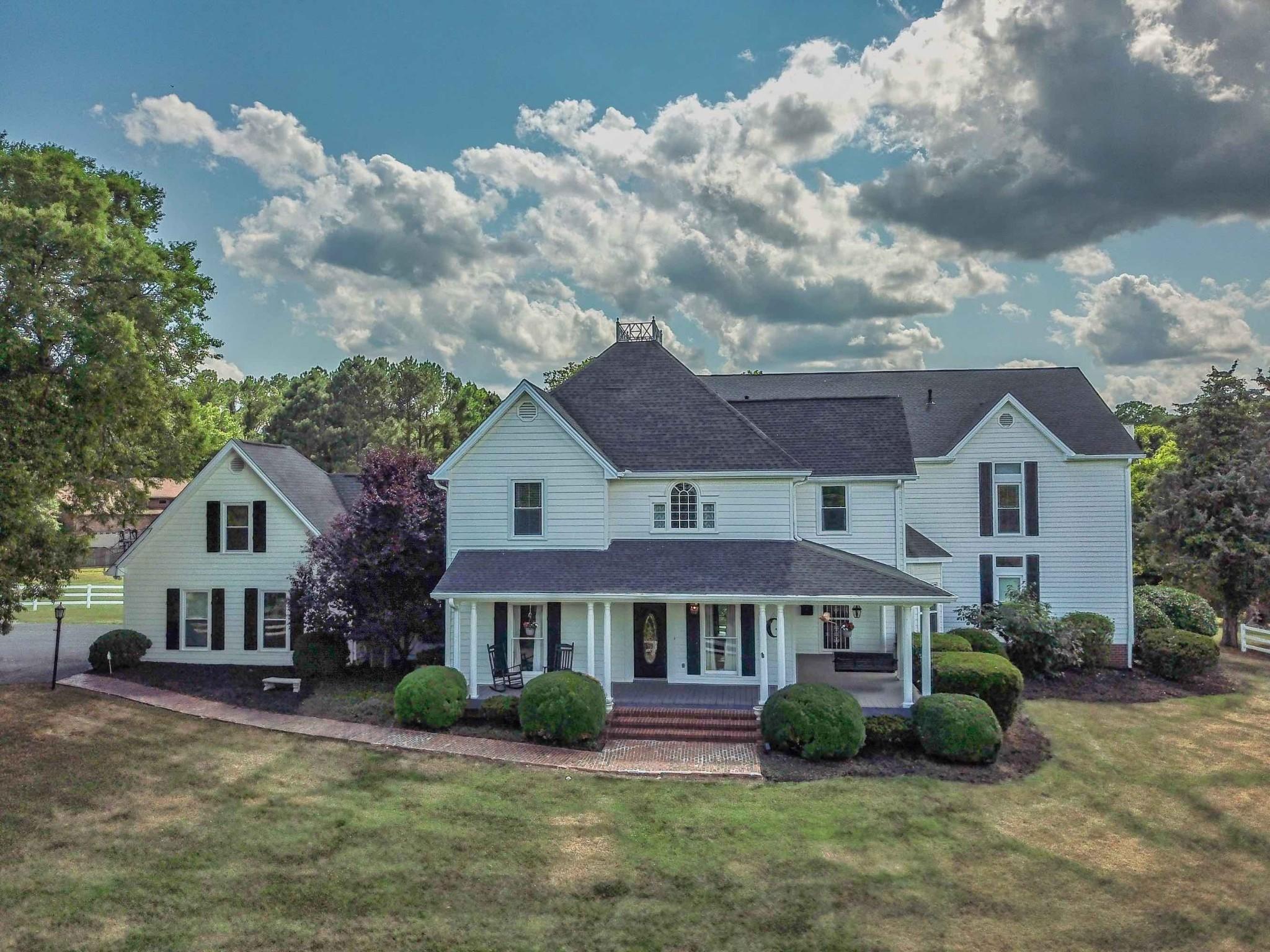 560 Cumberland Hills Dr Property Photo 1