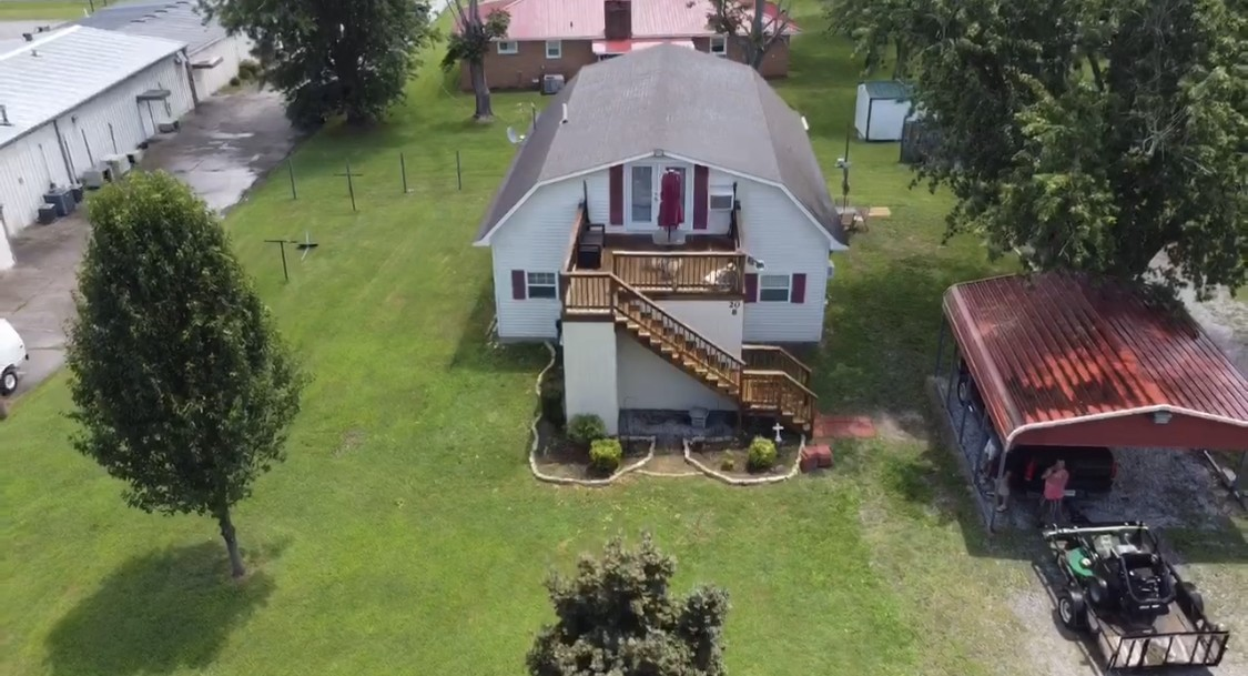 20 White Rd Property Photo
