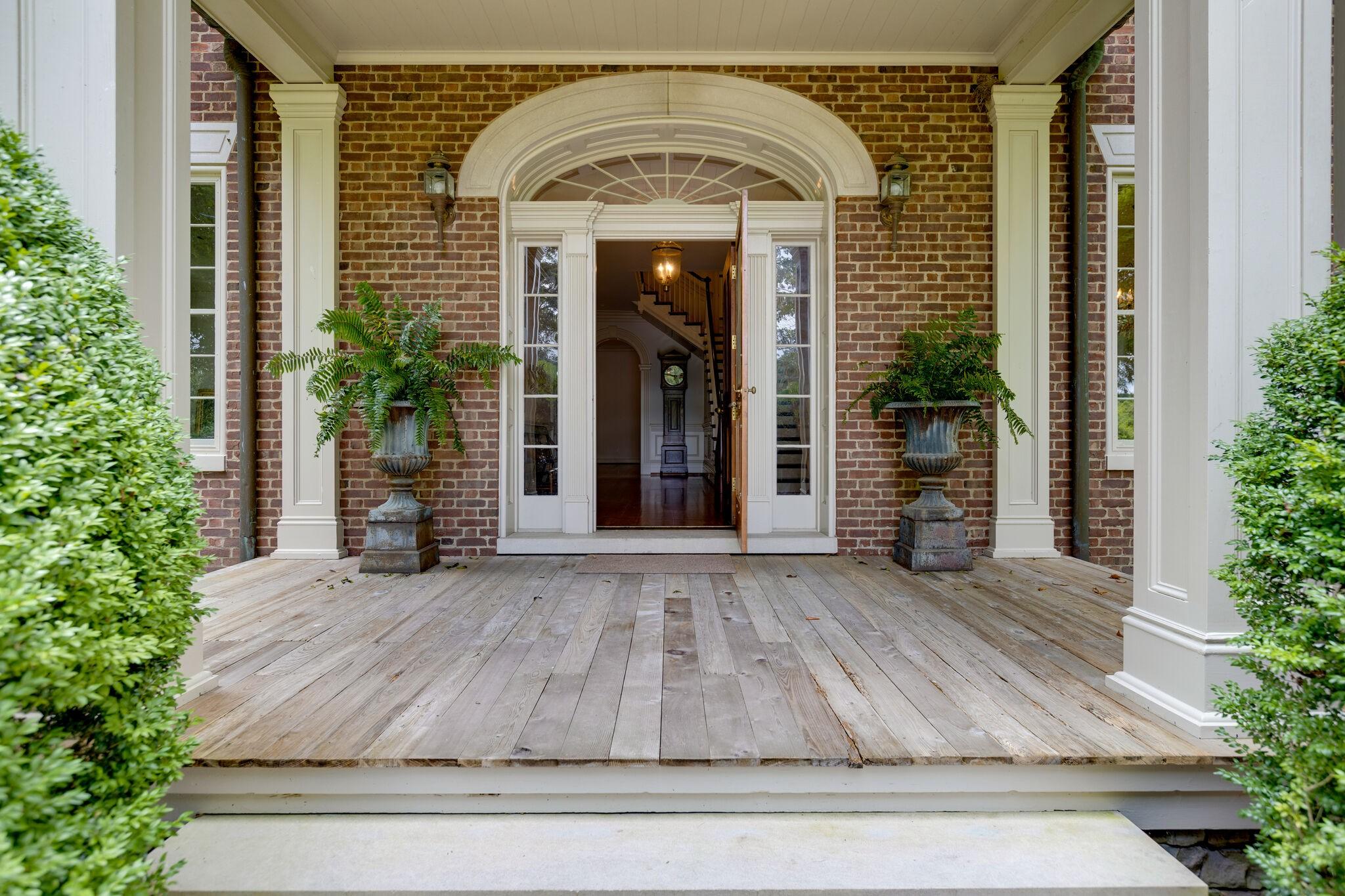 3755 Perkins Rd Property Photo 2