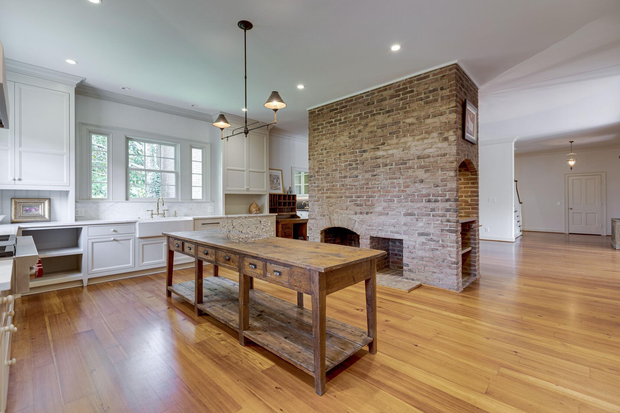 3755 Perkins Rd Property Photo 15