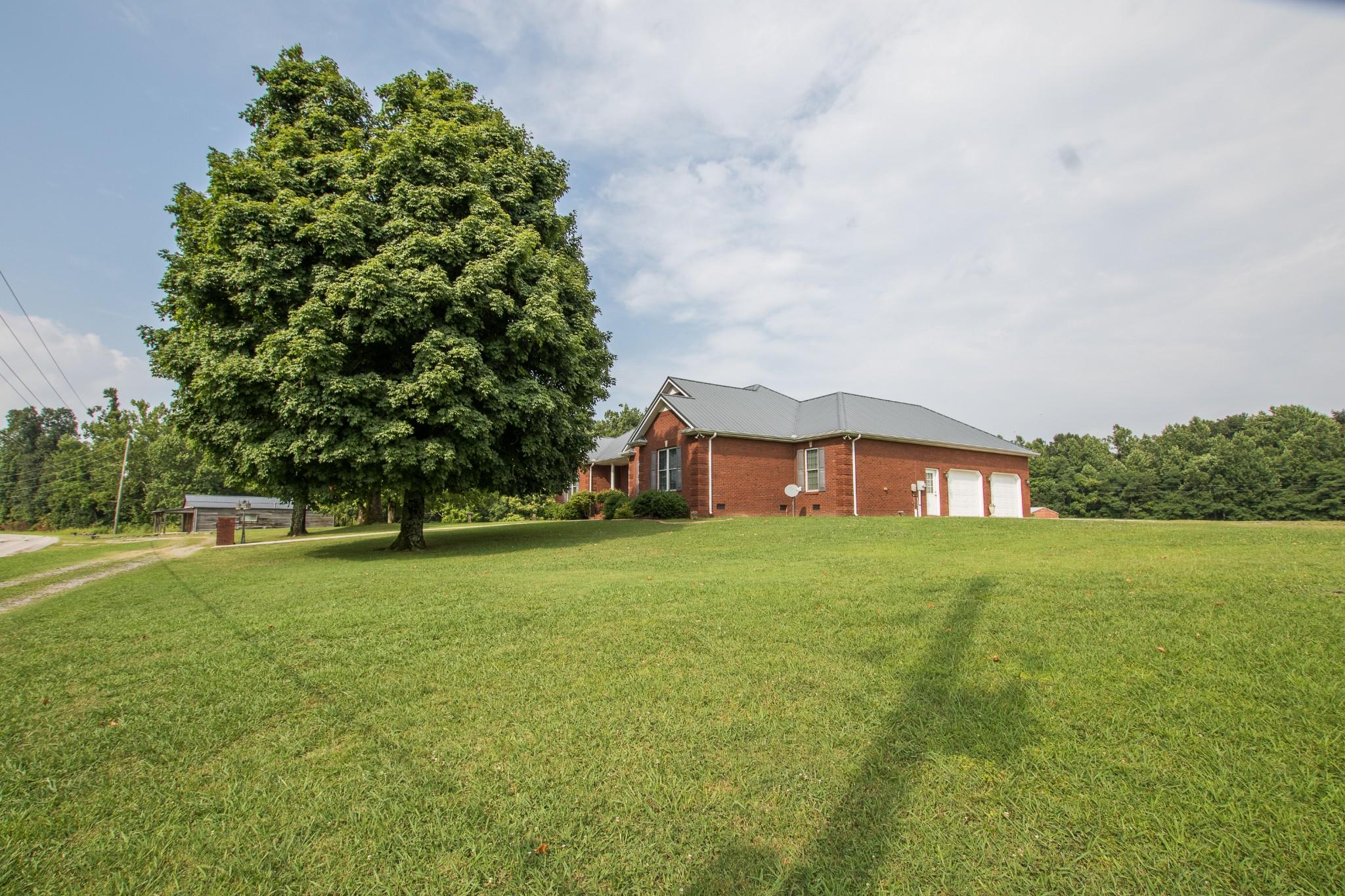 723 Pelham Rd Property Photo 4
