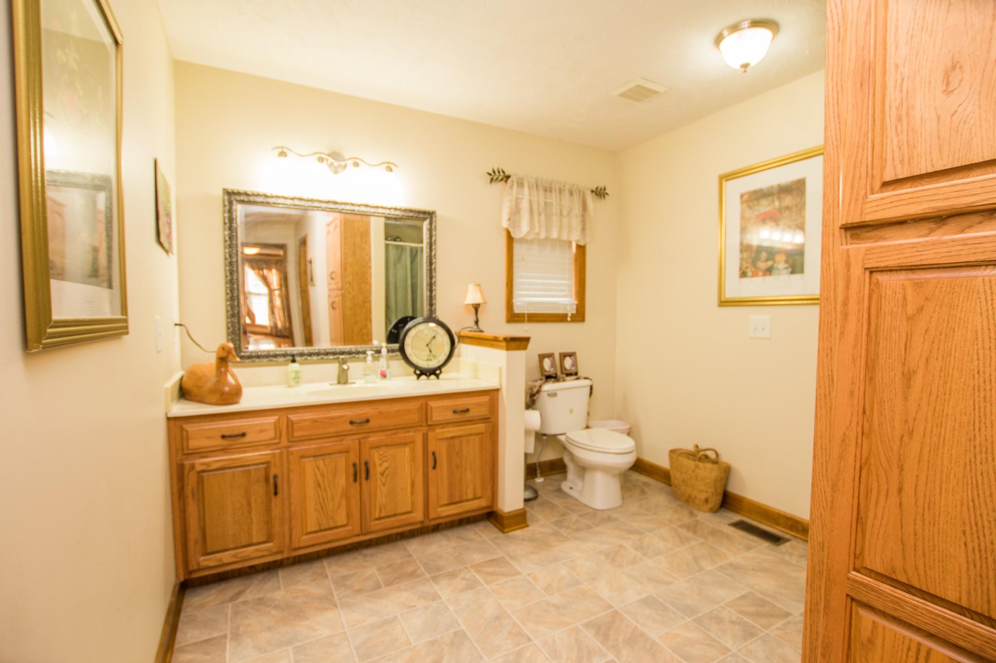 723 Pelham Rd Property Photo 29