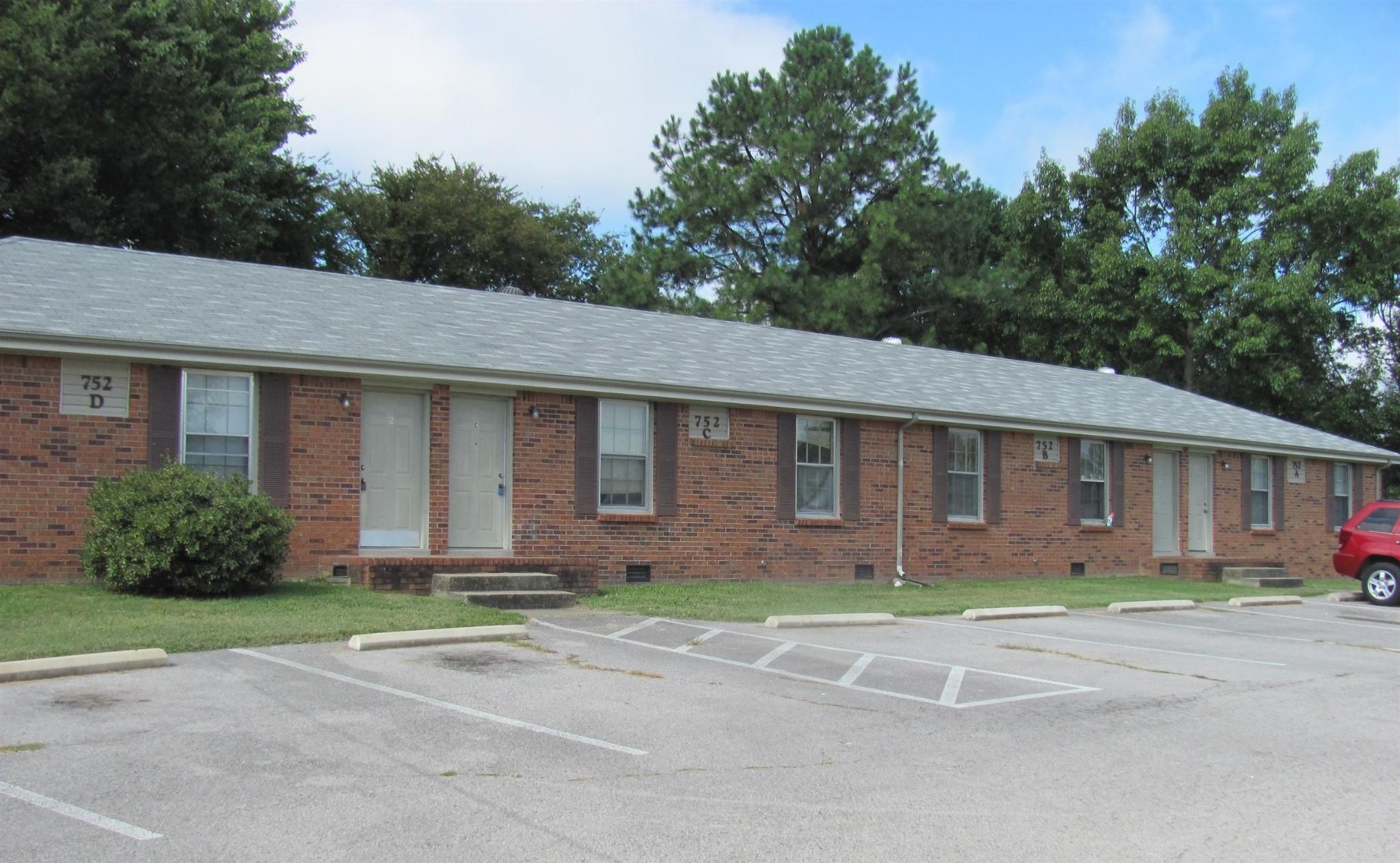 752 Bancroft Drive Property Photo