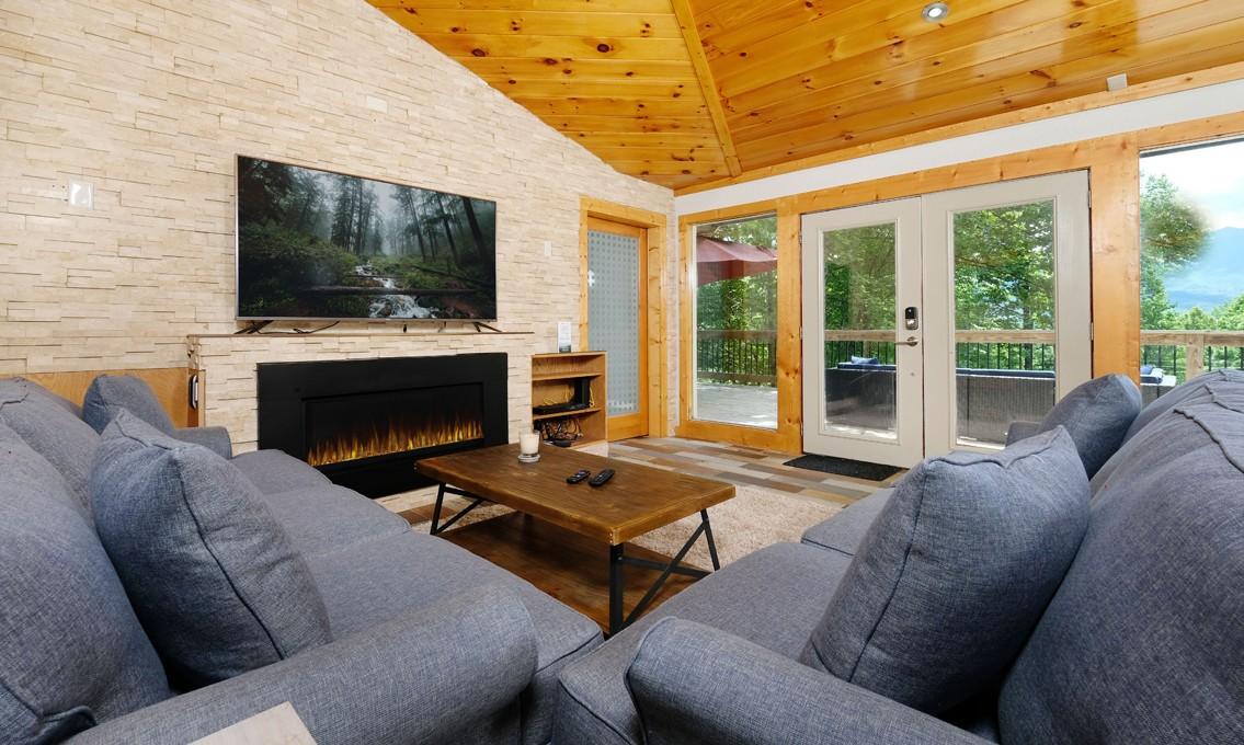 37738 Real Estate Listings Main Image