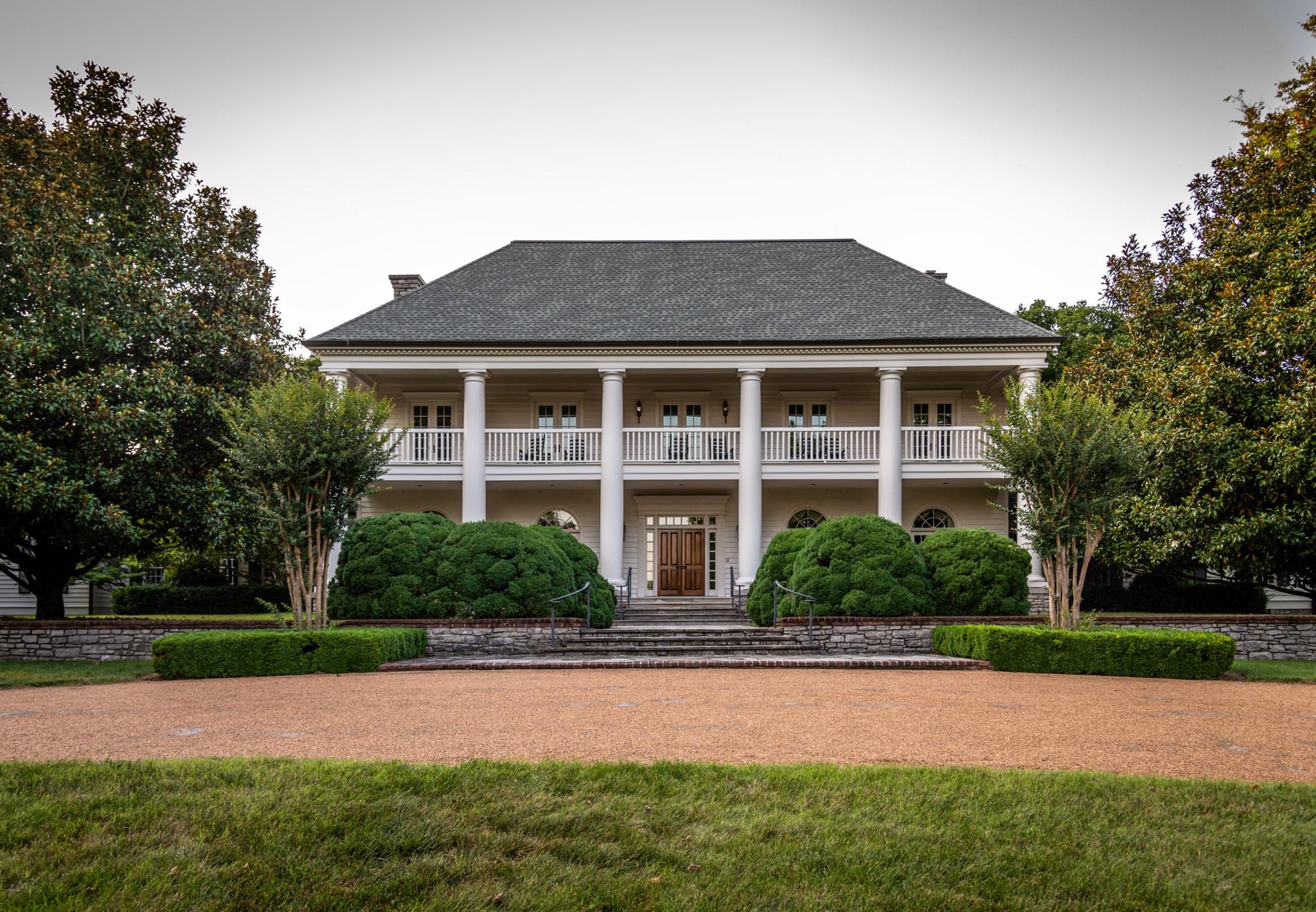 9230 Old Smyrna Rd Property Photo