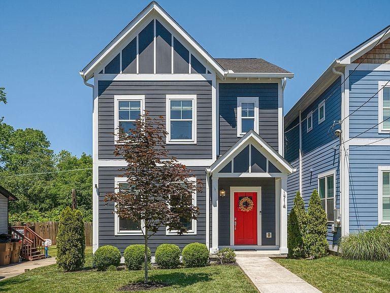 Avenue Town Real Estate Listings Main Image