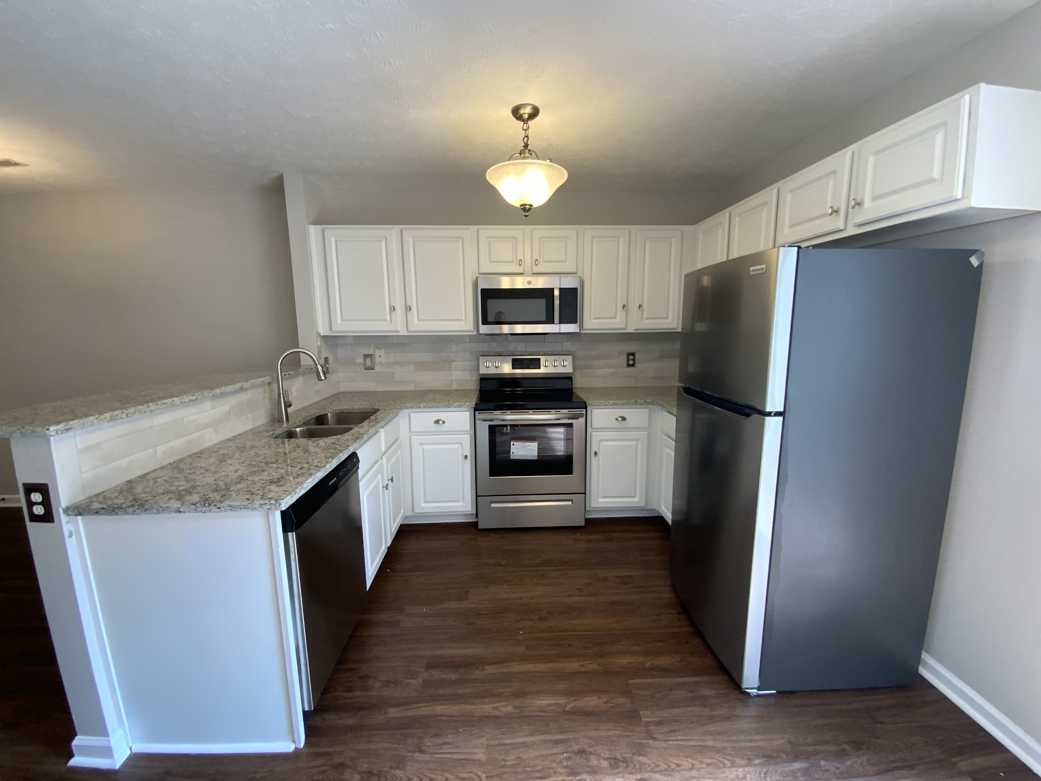 554 Flintlock Ct Property Photo 6