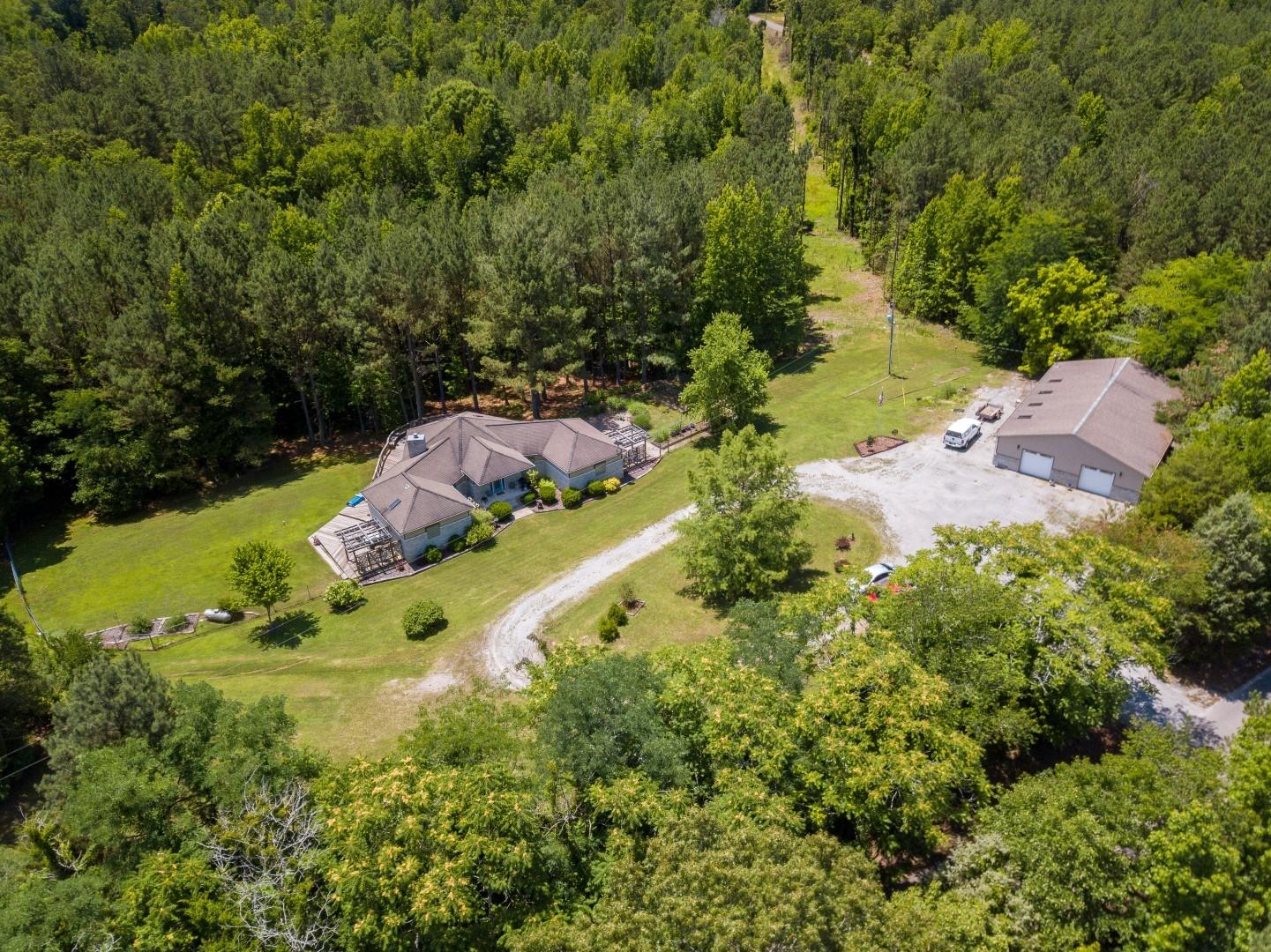 38315 Real Estate Listings Main Image