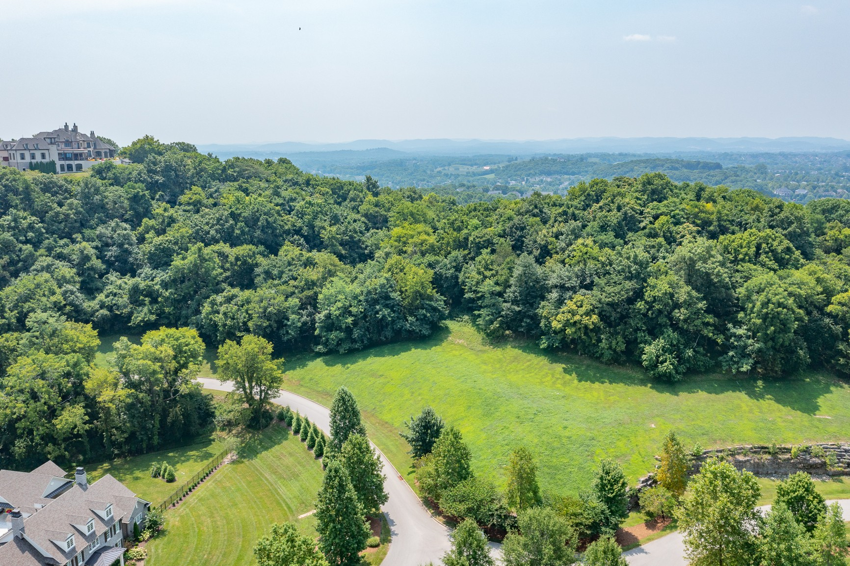 1229 Road Of The Round Table Property Photo