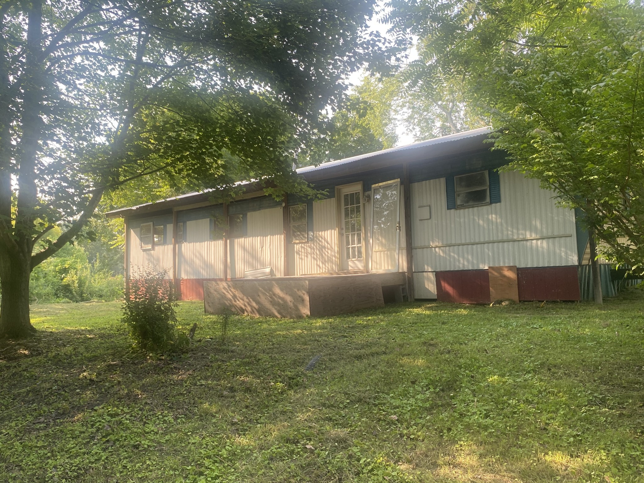 521 Old Railroad Bed Rd Property Photo