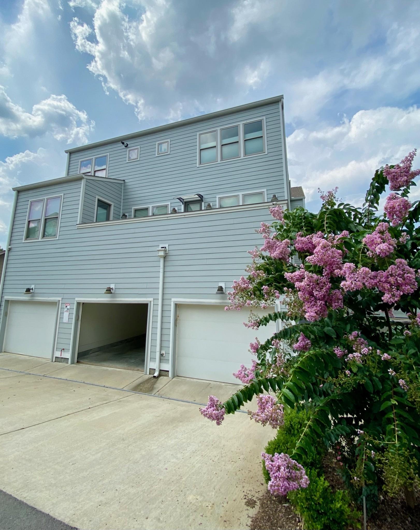 3117 Belwood St Property Photo 34