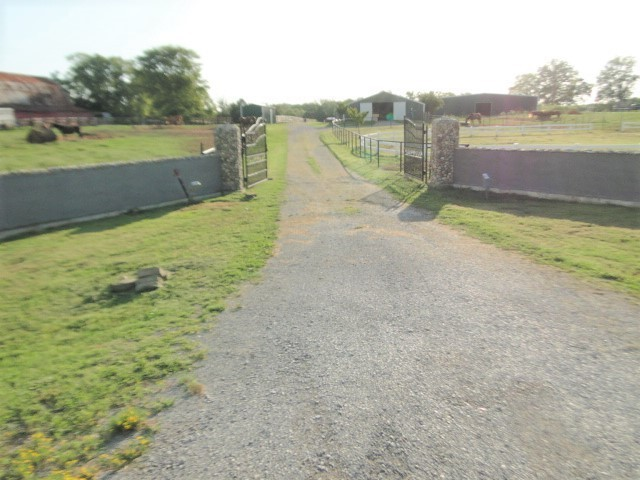 2513 Midland Rd Property Photo 1