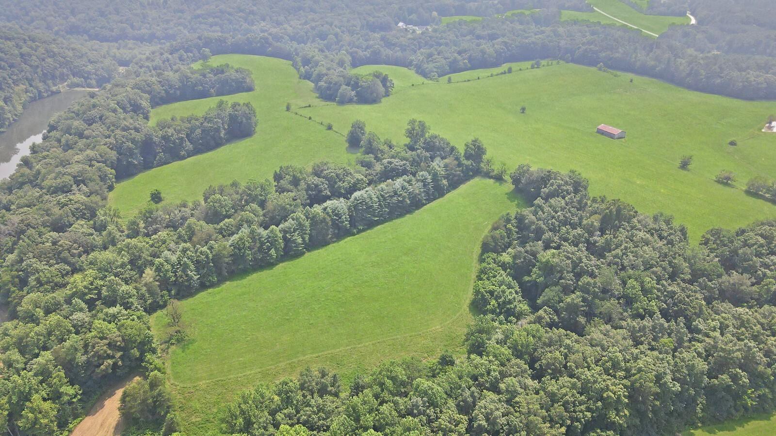 0 Old Natchez Trace Property Photo 3