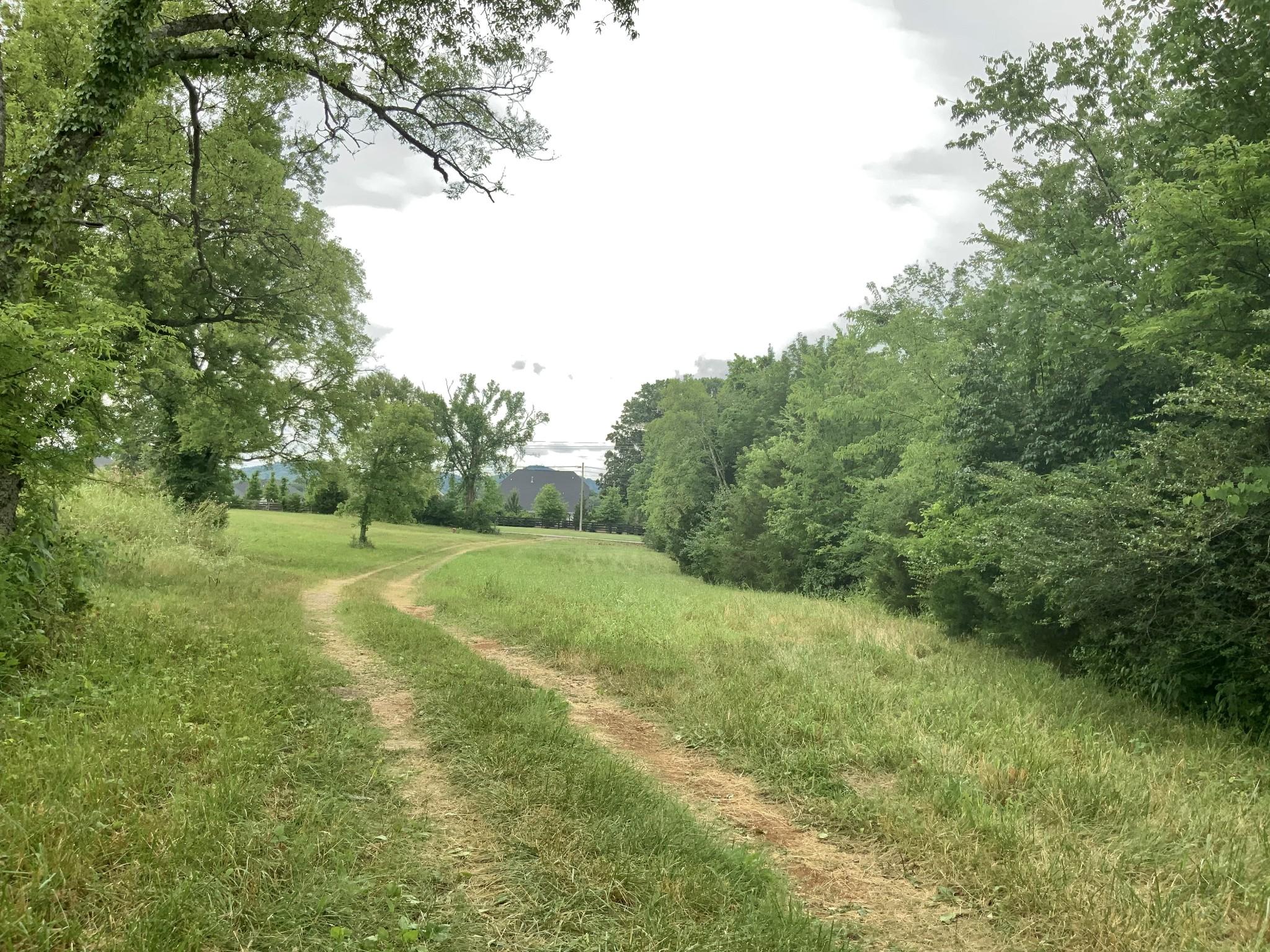 2370 Rocky Fork Rd Property Photo 3