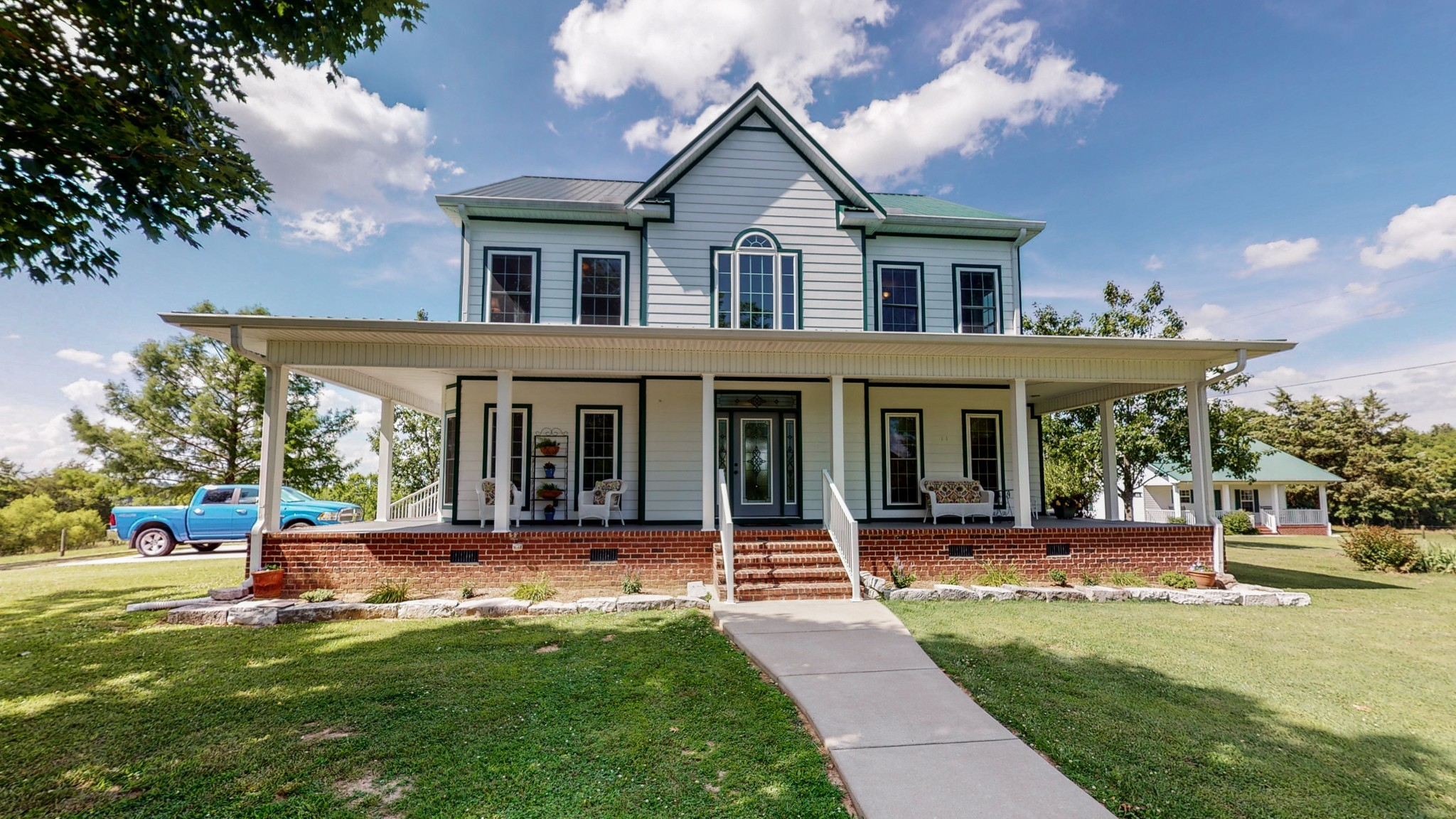 499 New Center Church Rd Property Photo 1