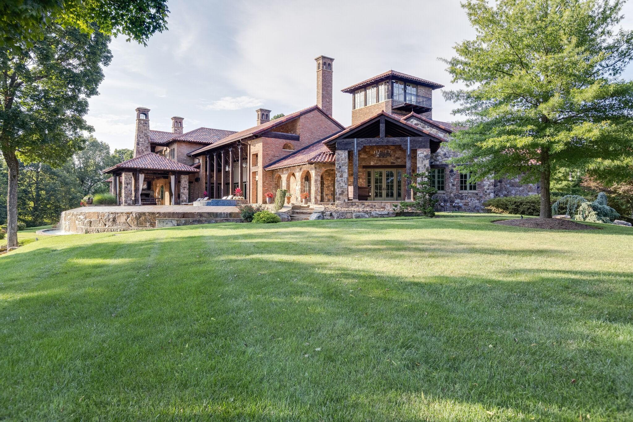 414 Lake Valley Dr Property Photo 42