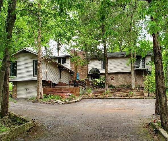 185 E Robertson Rd Property Photo