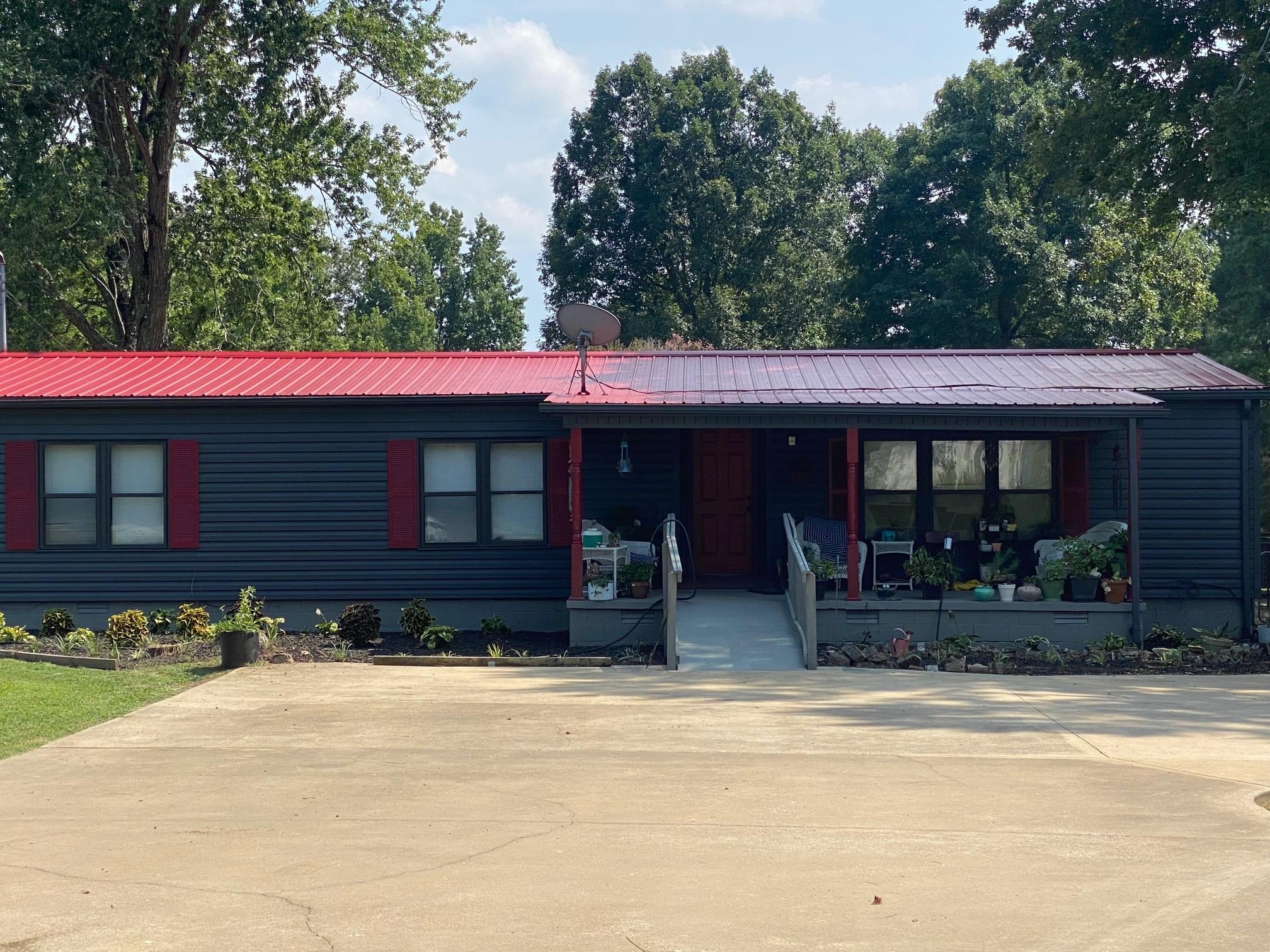 5941 Whites Ln Property Photo
