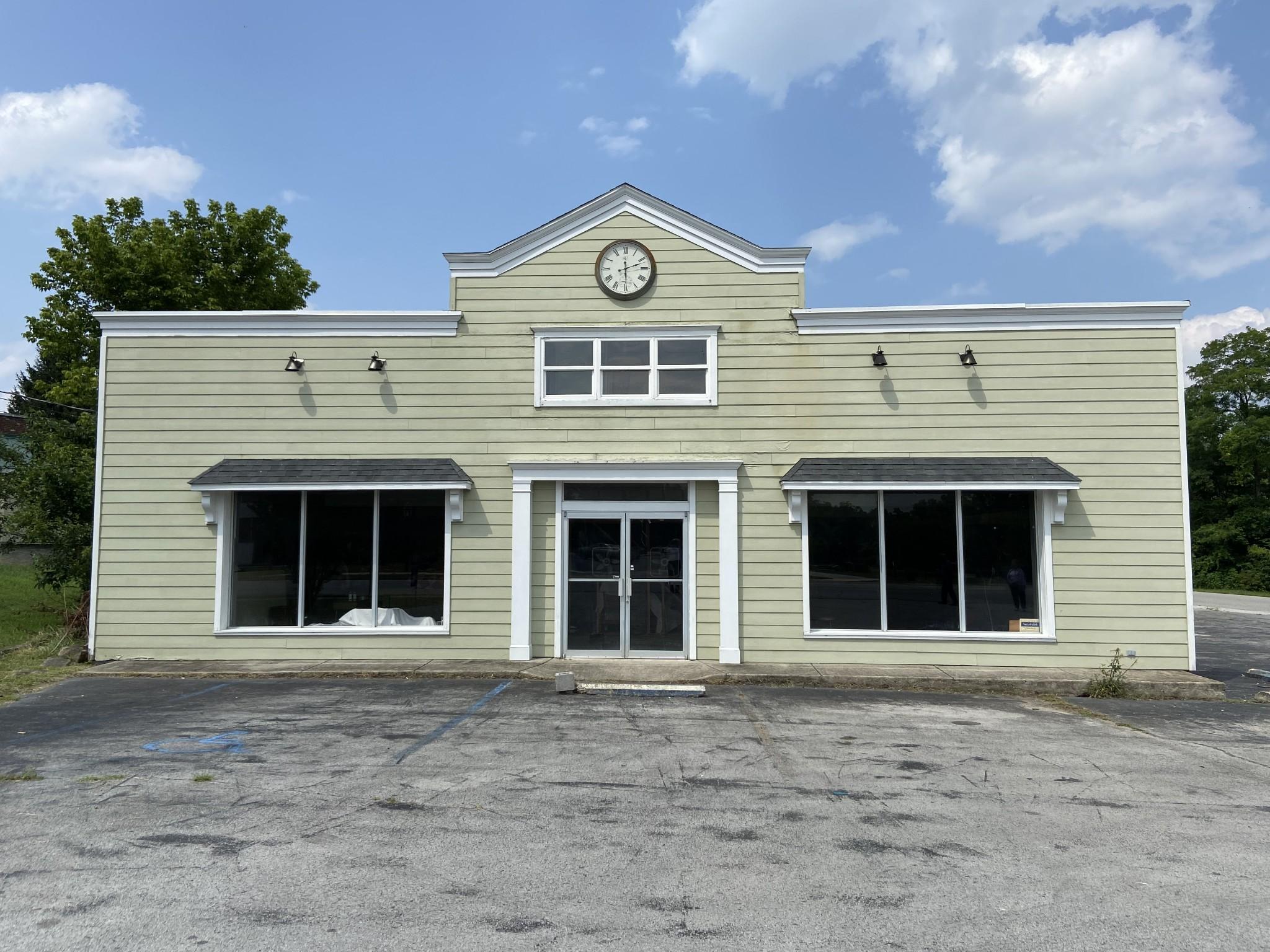 141 Main St Property Photo
