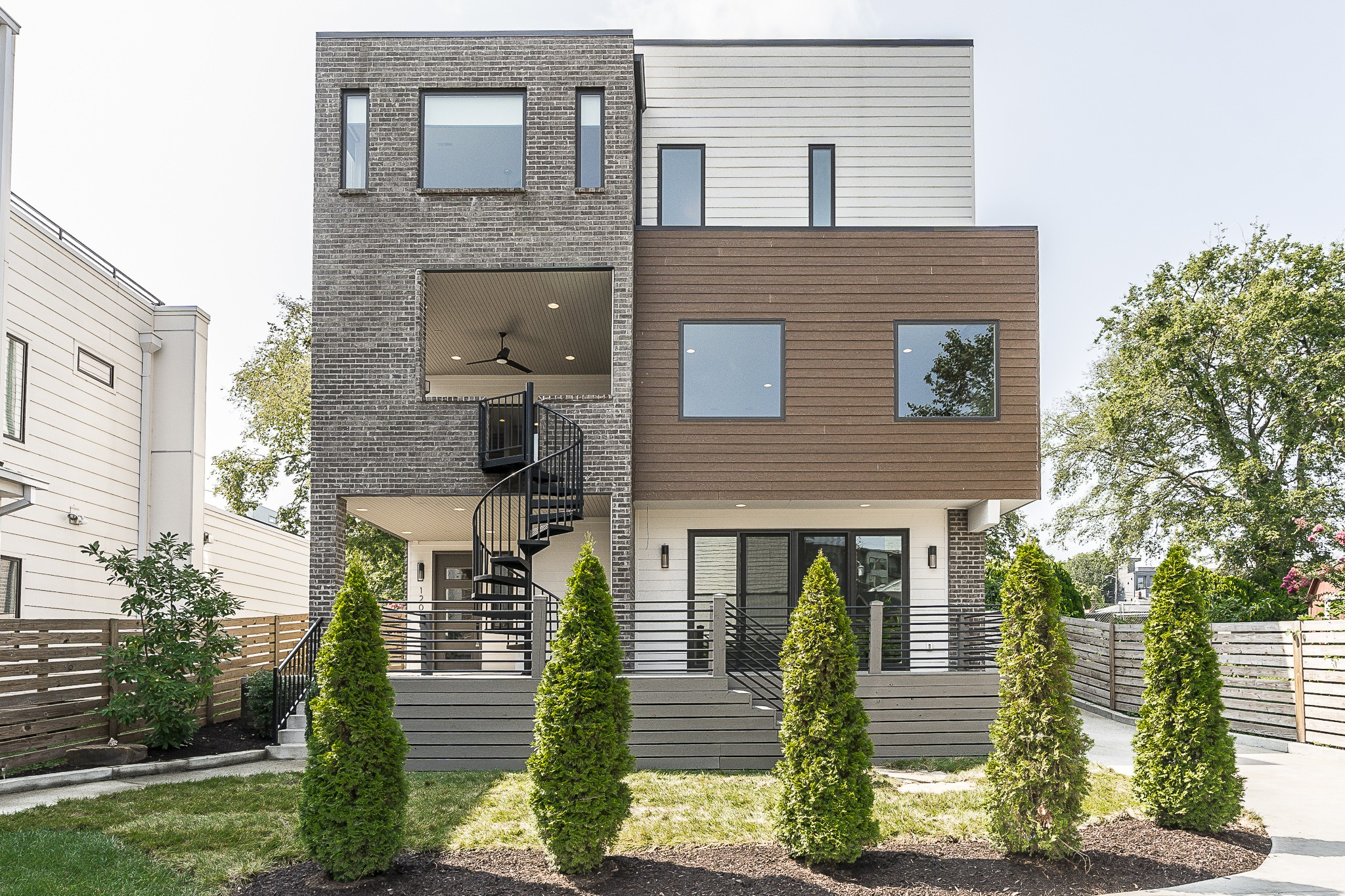 1201b Sigler St Property Photo 1