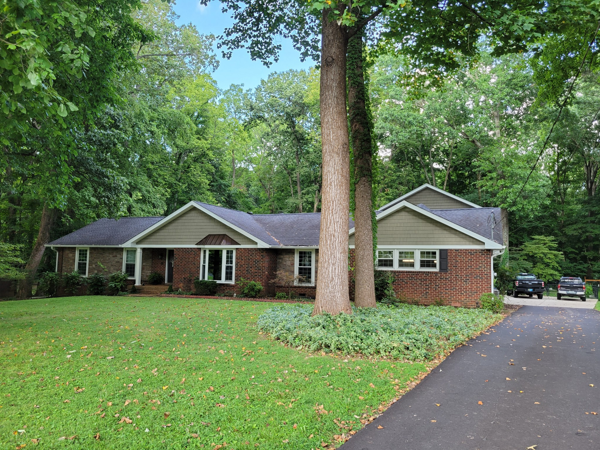 118 Millbrook Rd Property Photo 1