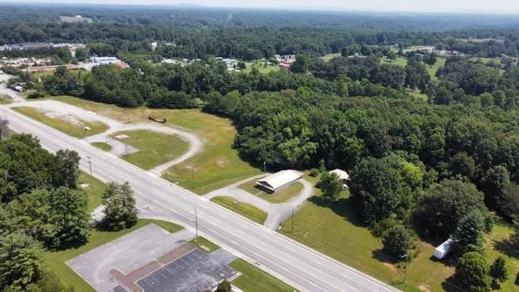 2102 Smithville Hwy Property Photo
