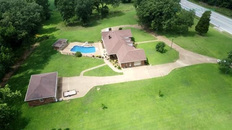 6495 Highway 70 Property Photo