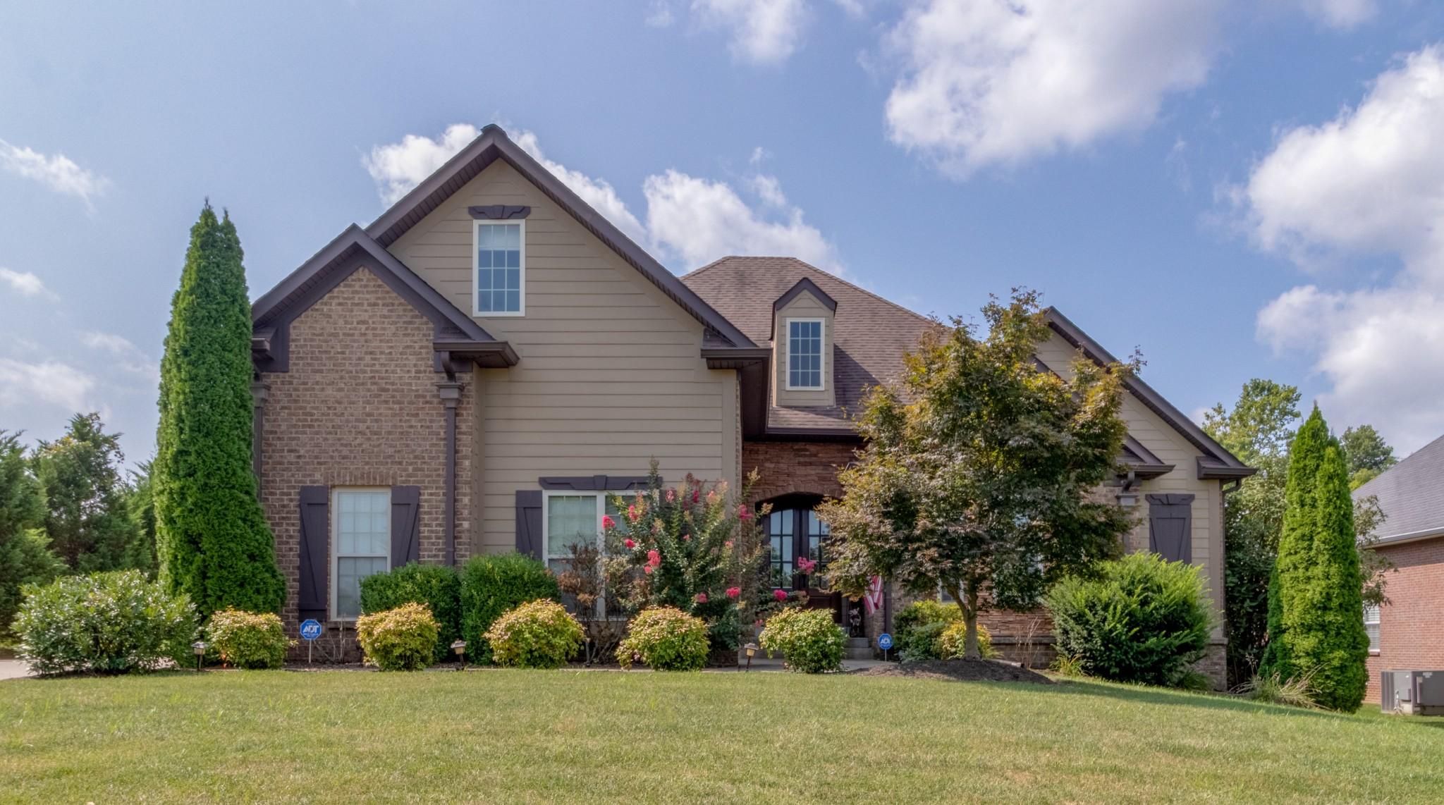 3592 Drake Rd Property Photo