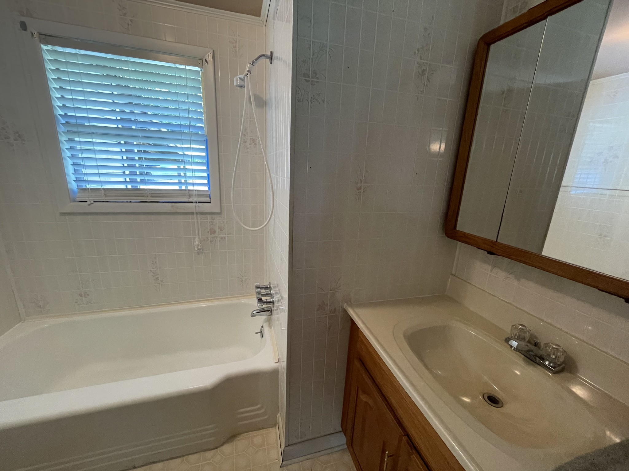2473 Tinnin Rd Property Photo 14