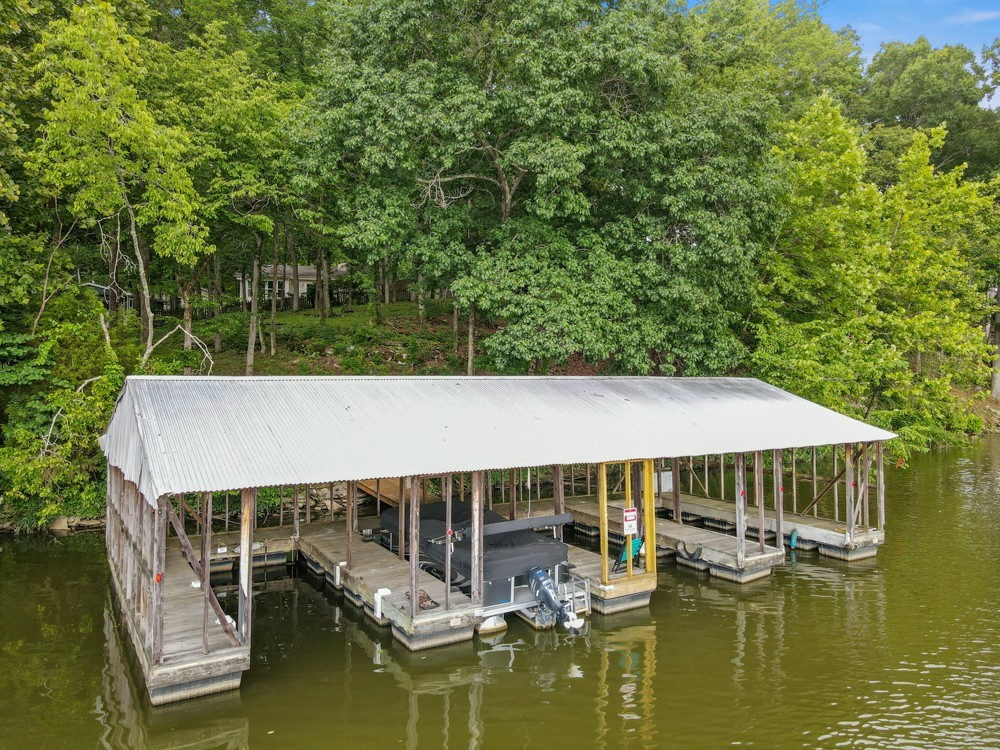 921 Bluff Dr Property Photo 1