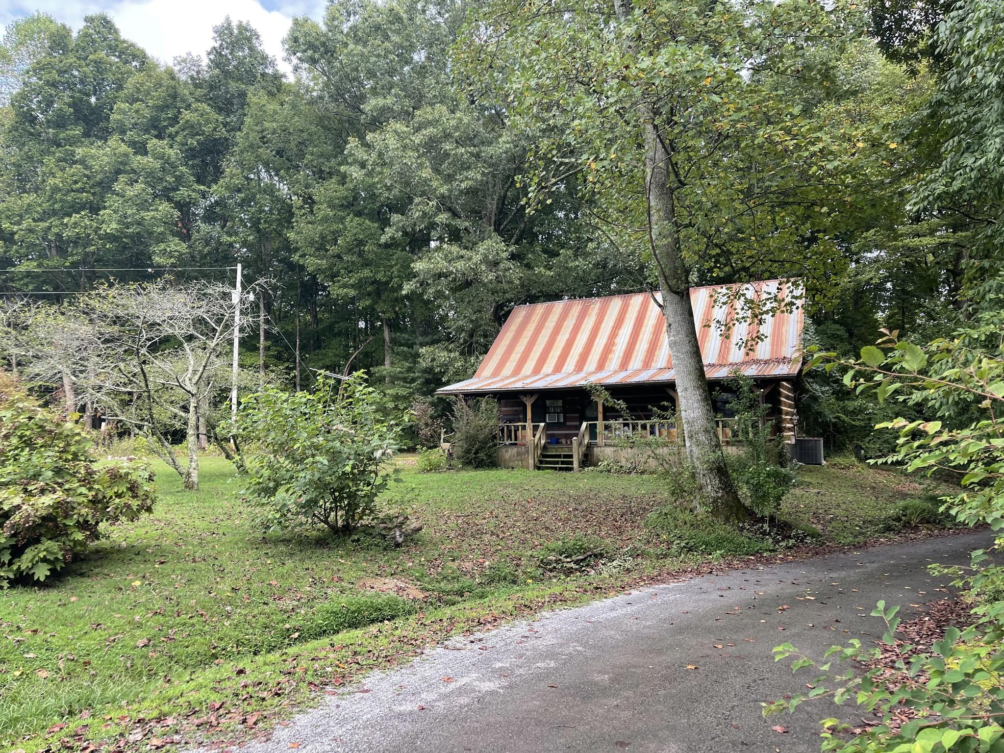 245 Magnolia Dr Property Photo