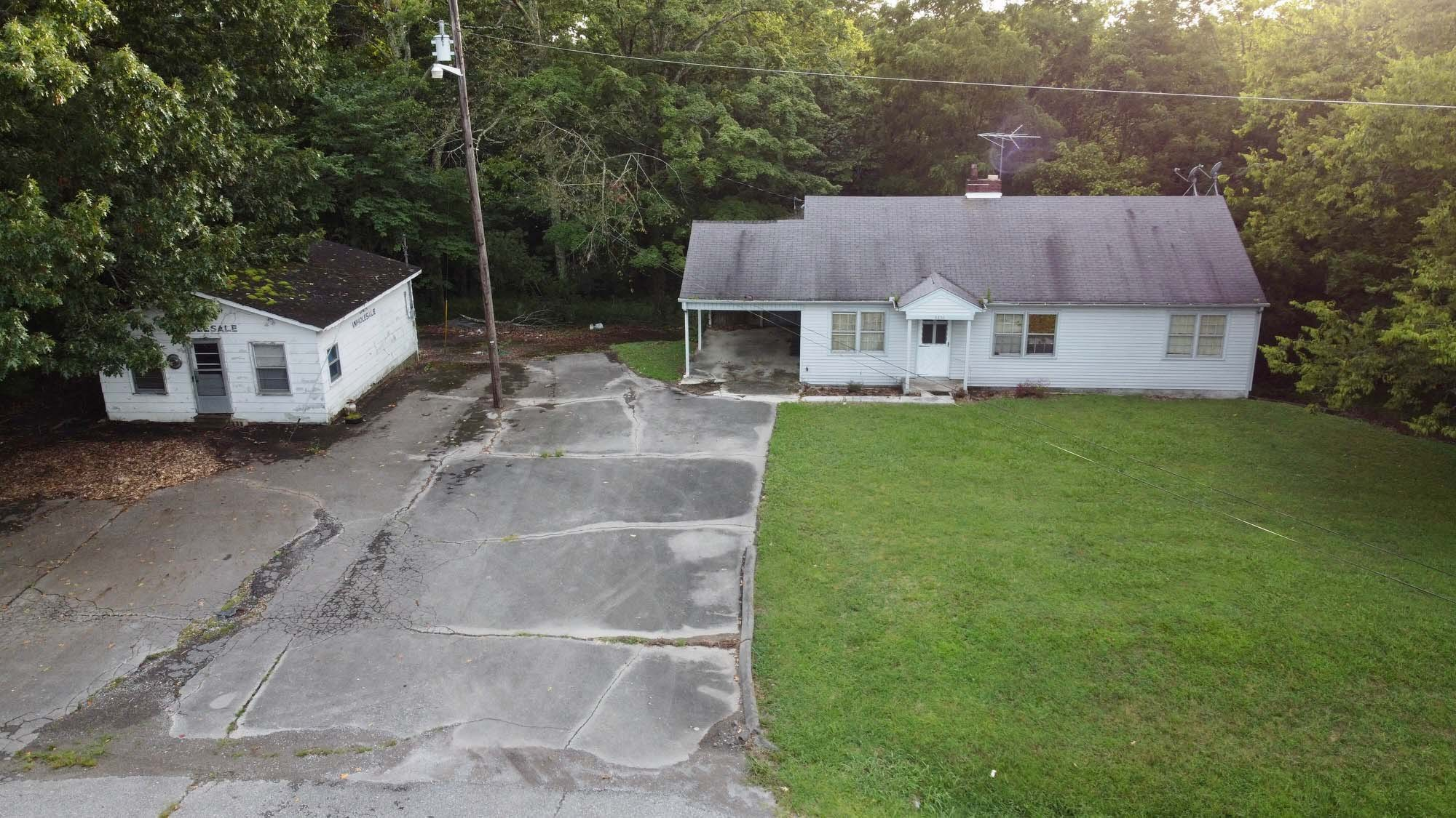 2830 Mcminnville Hwy Property Photo 1
