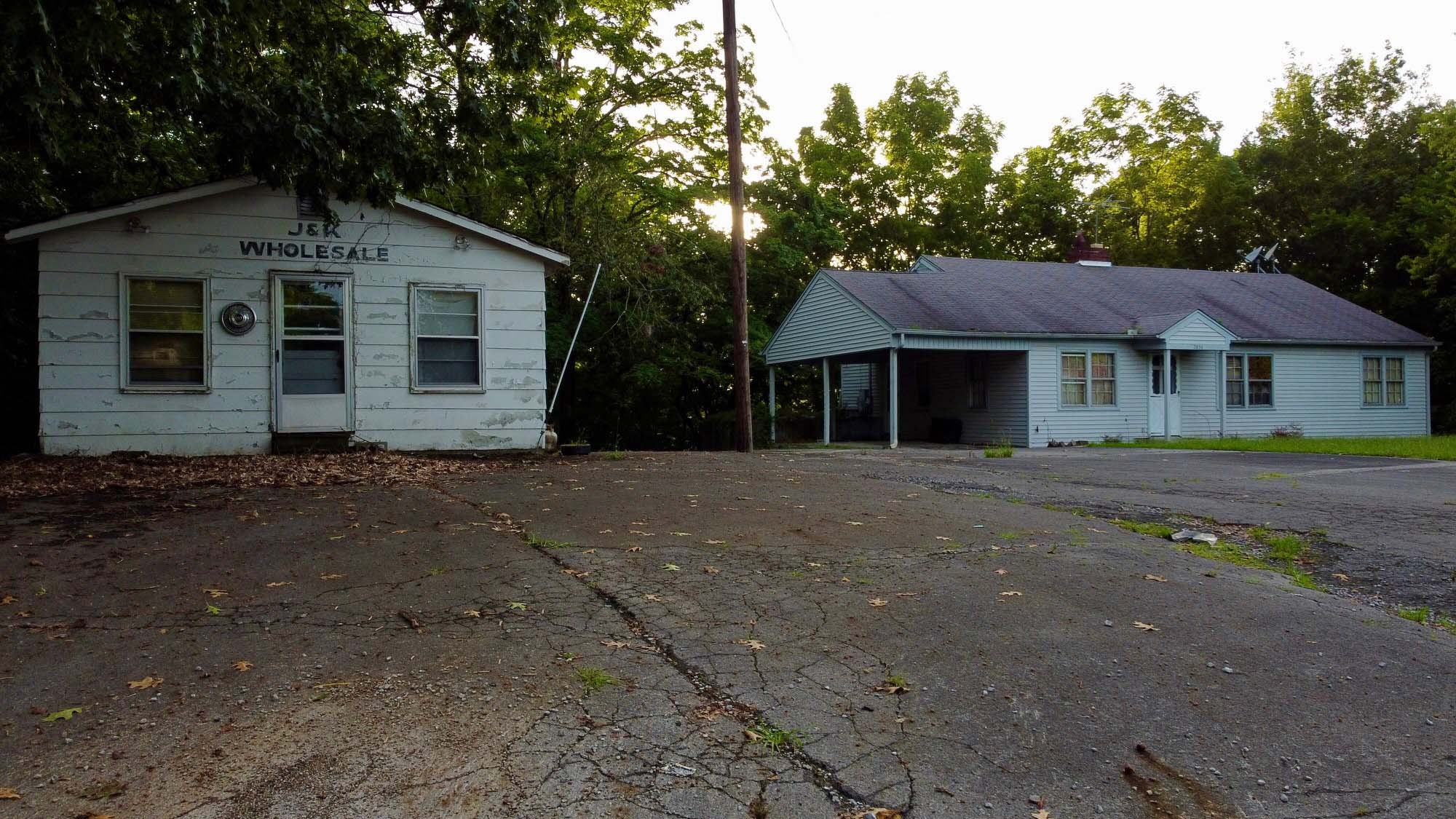2830 Mcminnville Hwy Property Photo 5