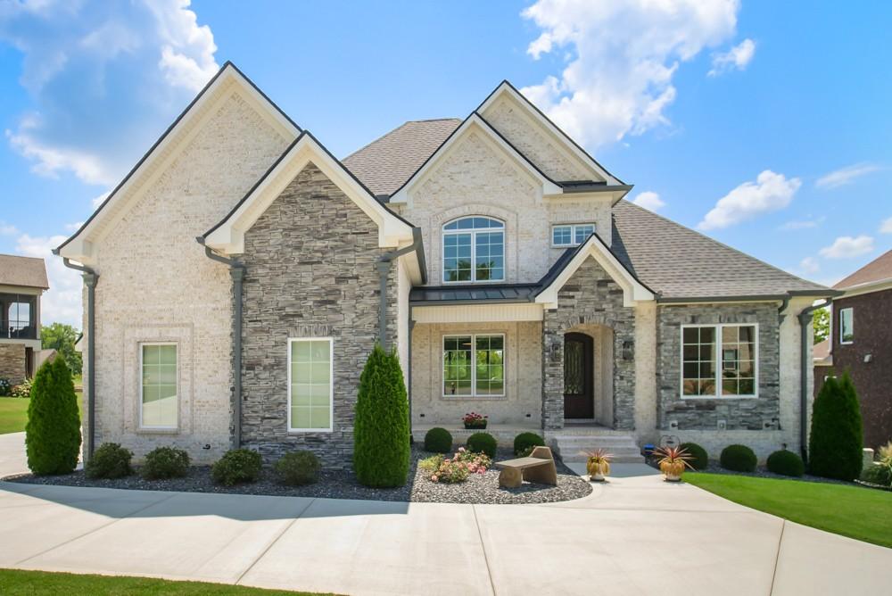 114 Chesapeake Ct Property Photo 1