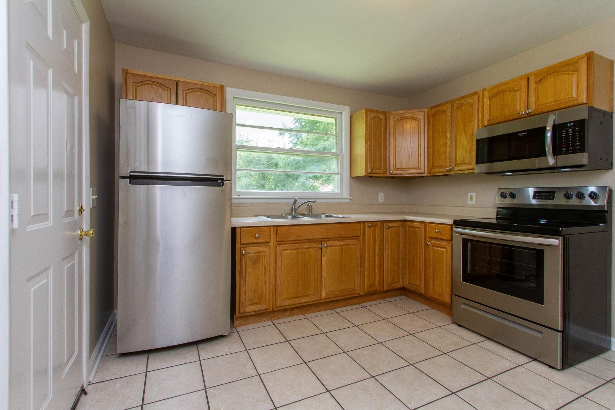 803 Netherland Dr Property Photo 7