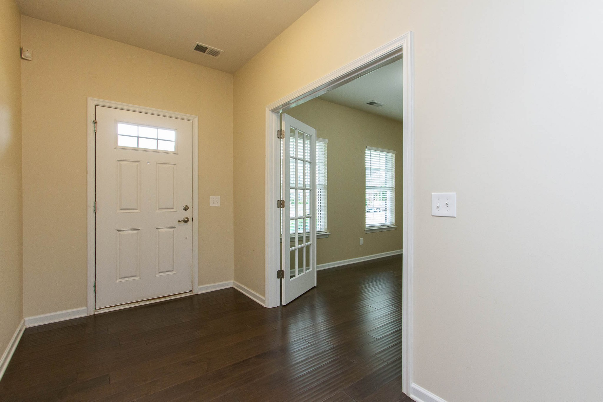 1031 New Eanes Dr Property Photo 5