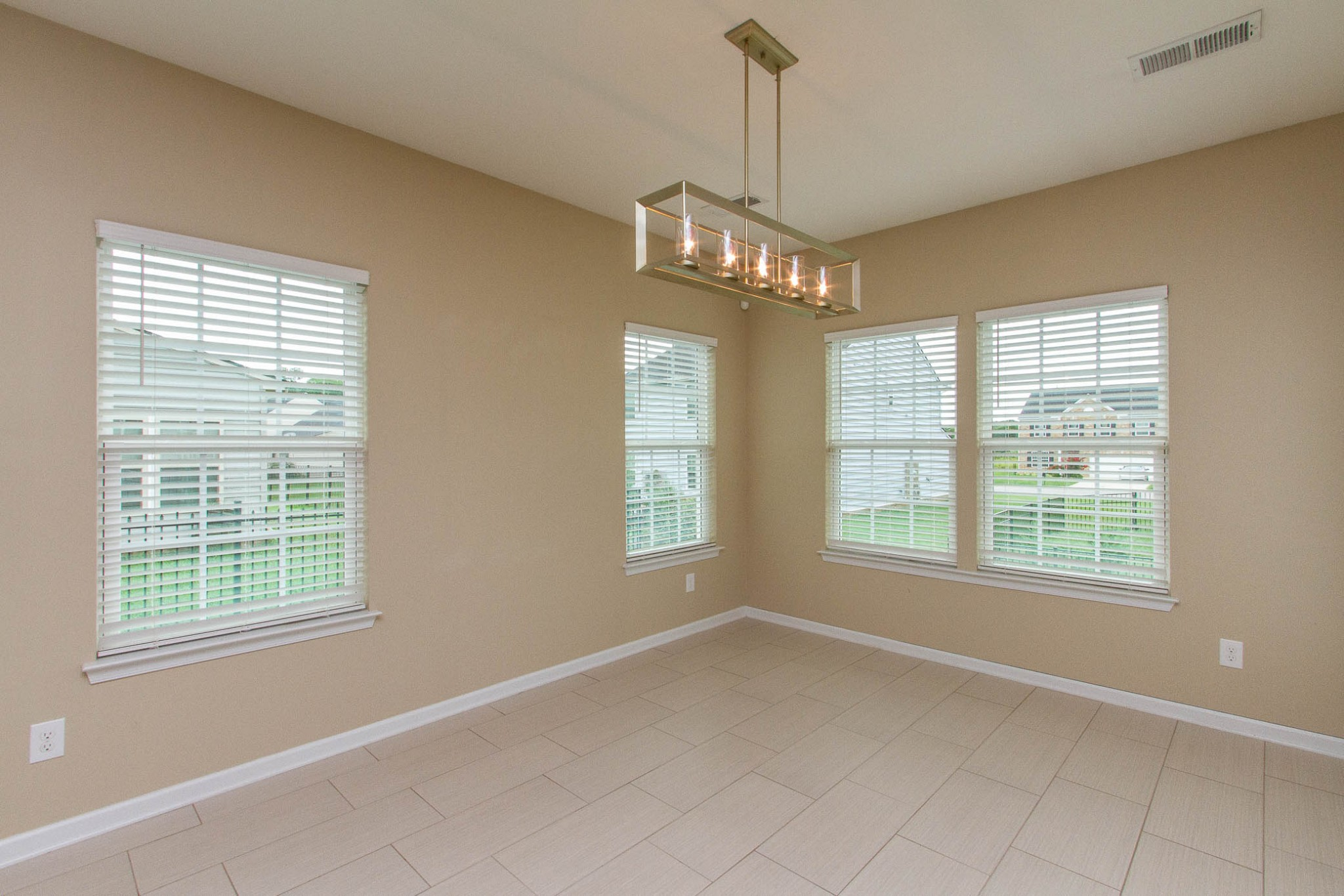1031 New Eanes Dr Property Photo 18