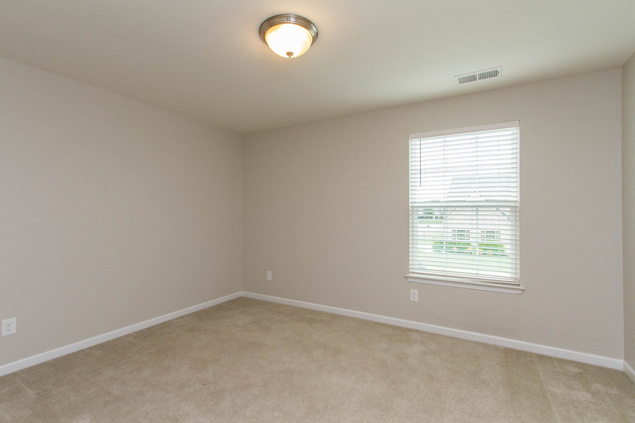 1031 New Eanes Dr Property Photo 32