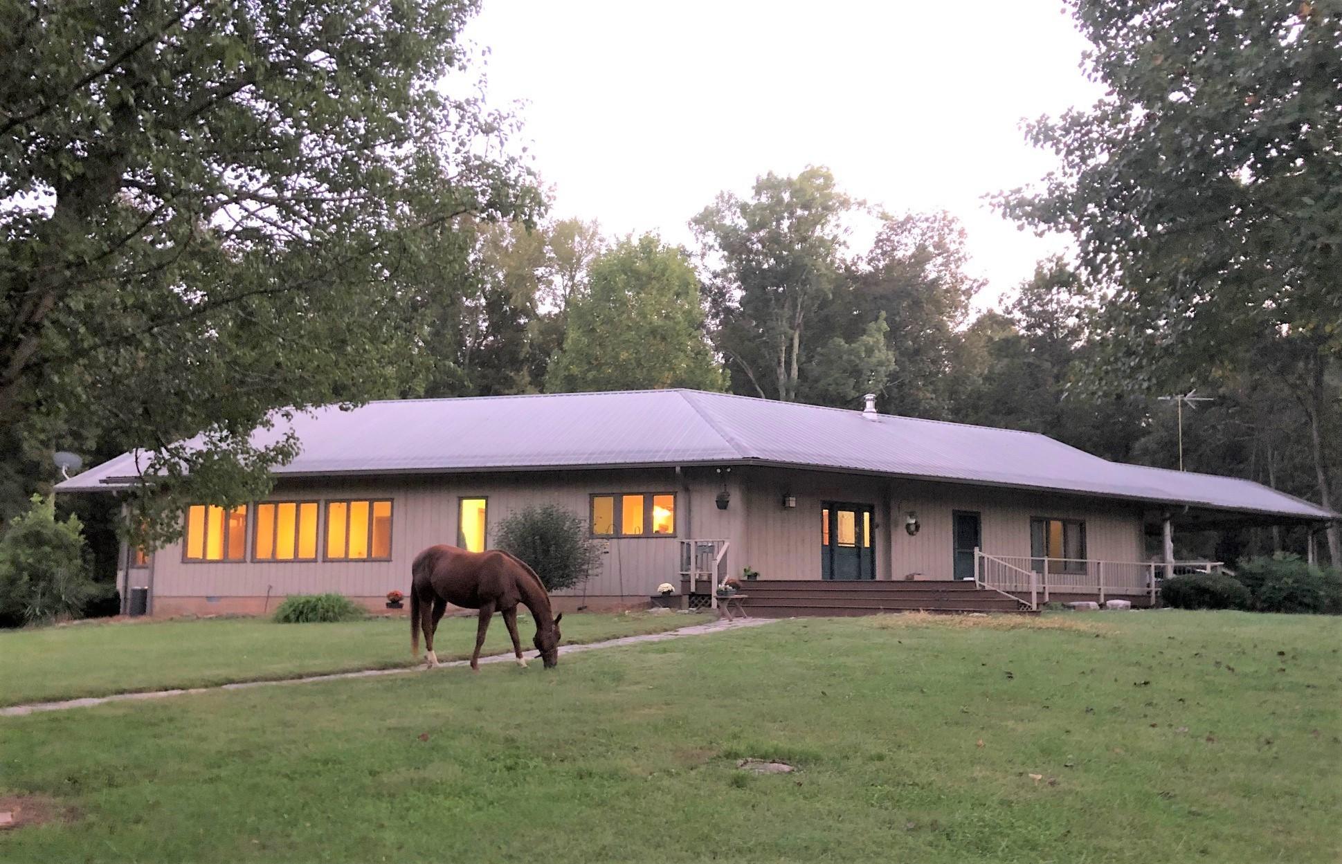 6960 Millersburg Rd Property Photo 1