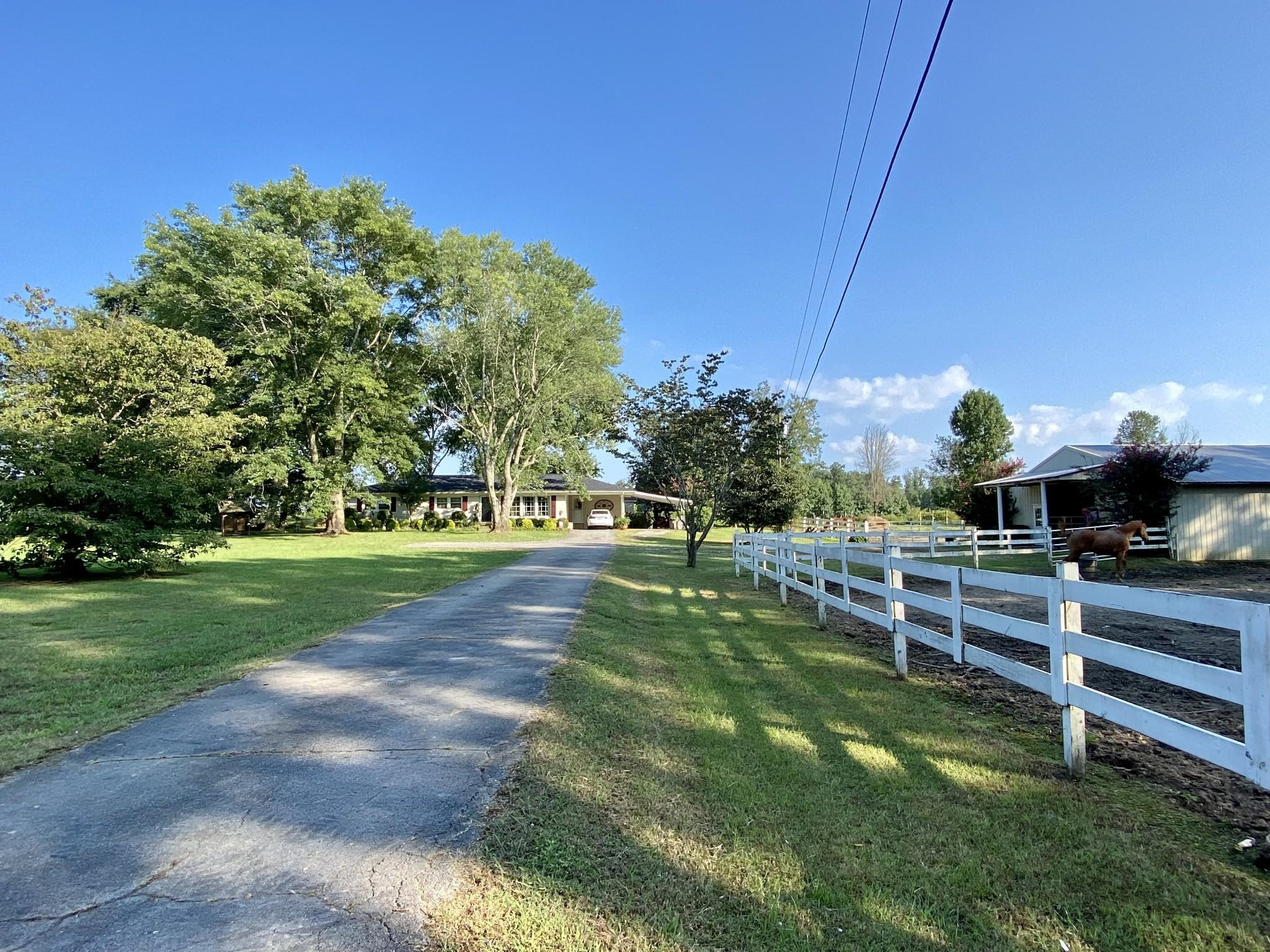 147 Shelton Dr Property Photo 1