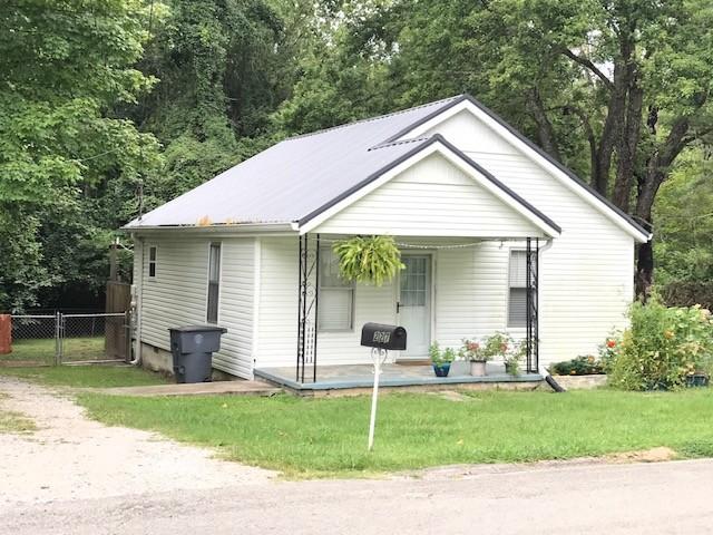 227 Woodland Dr Property Photo