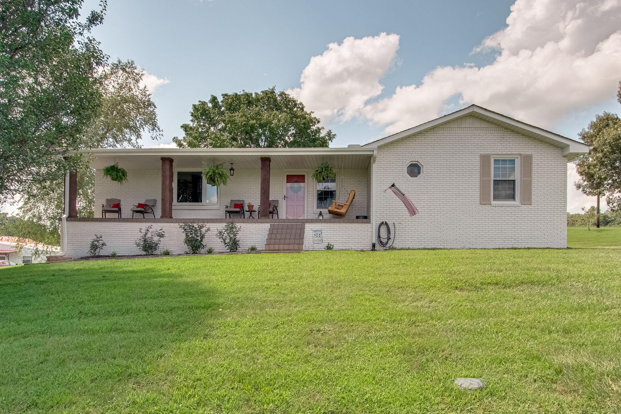 885 Tidwell Rd Property Photo