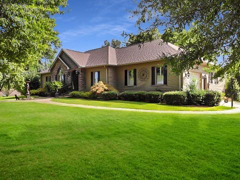 304 Scenic Shore Dr Property Photo