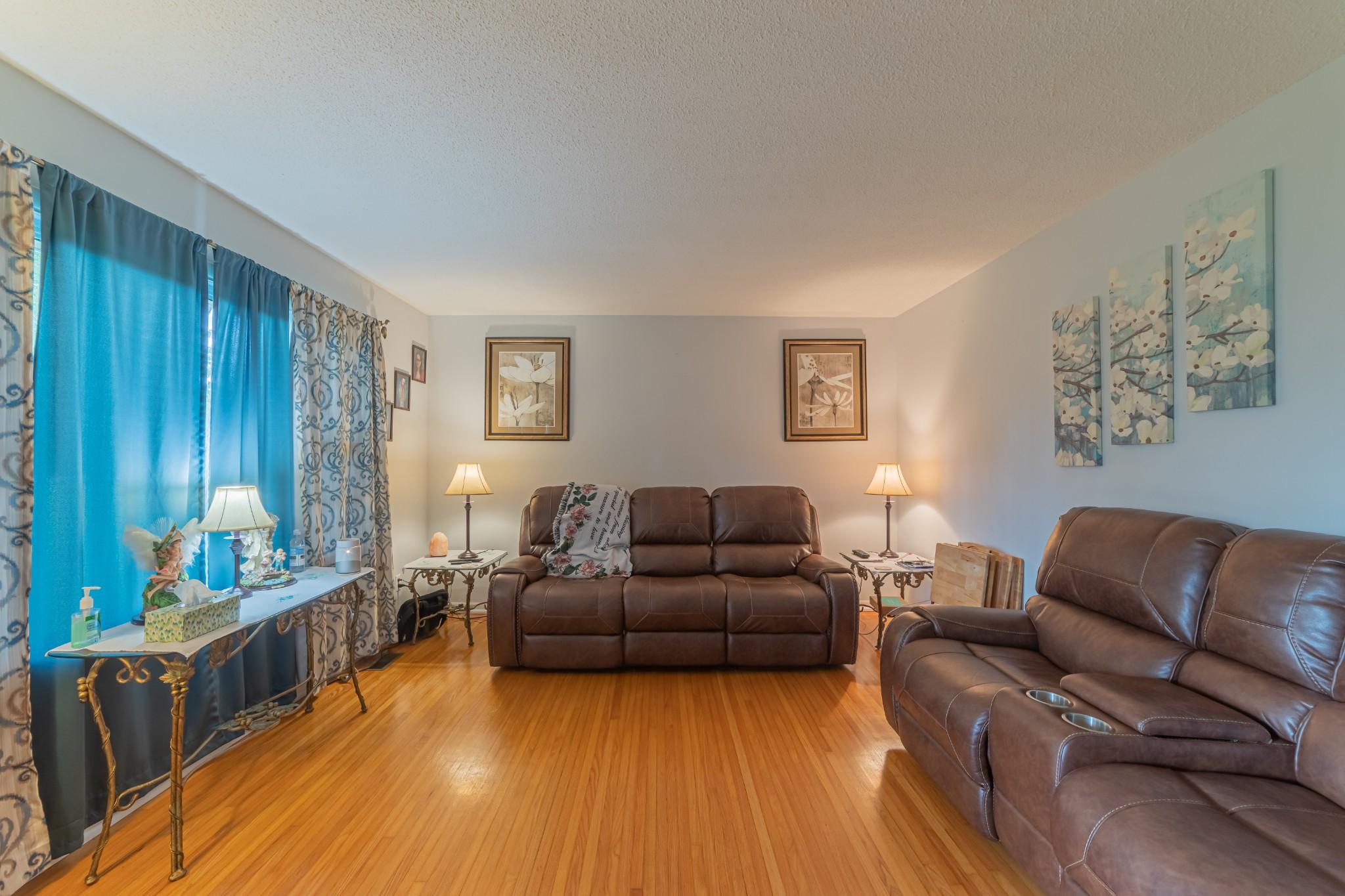 1024 Blue Creek Rd Property Photo 9